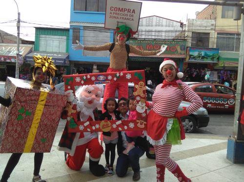 La Navidad se vive en Tacna con una variada oferta comercial.