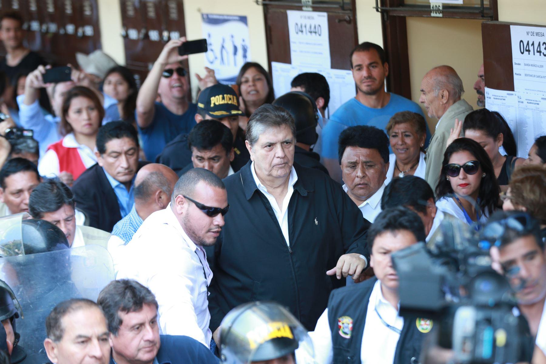Abren investigación sobre presunta interceptación telefónica contra García