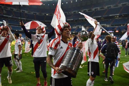 Los hinchas celebraron de manera eufórica la cuarta Copa Libertadores en la historia de River Plate