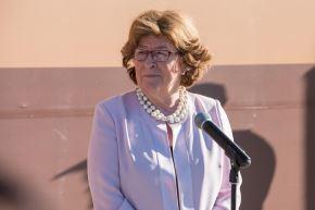 La secretaria general de la conferencia, la canadiense Louise Arbour, ofrece una rueda de prensa en Marruecos Foto: EFE