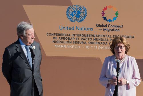 El secretario general de la ONU, Antonio Guterres, y la secretaria general de la conferencia, la canadiense Louise Arbour  Foto: EFE