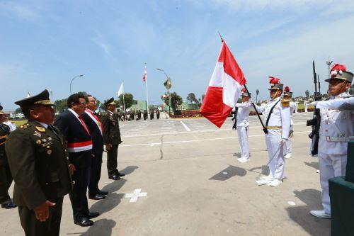 Jefe del Estado preside ceremonia de graduación en la Escuela Militar de Chorrillos