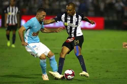 Alianza Lima y Sporting Cristal protagonizan la primera final