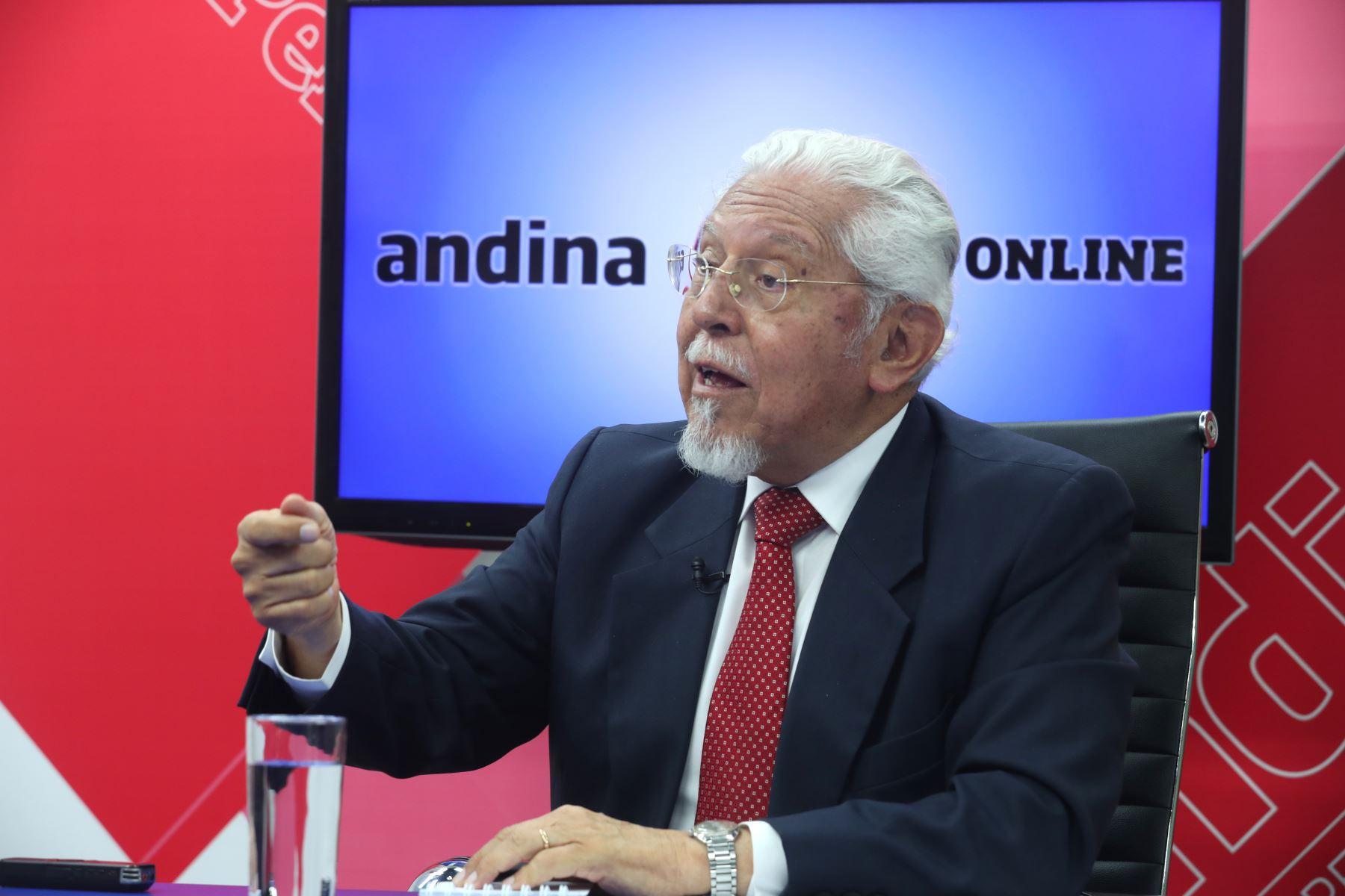 Ministro de Vivienda y Saneamiento, Javier Piqué ANDINA/Jack Ramón