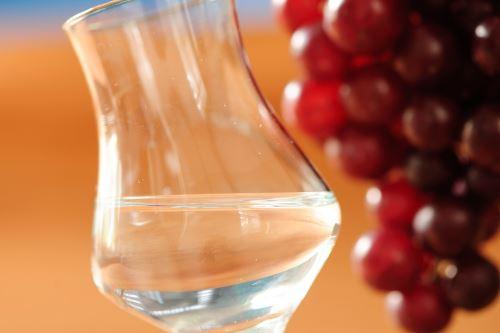 El pisco se unirá con el coñac para elaborar un cóctel que unirá a ambas ciudades emblemáticas que dieron nombre a estas bebidas de Perú y Francia.
