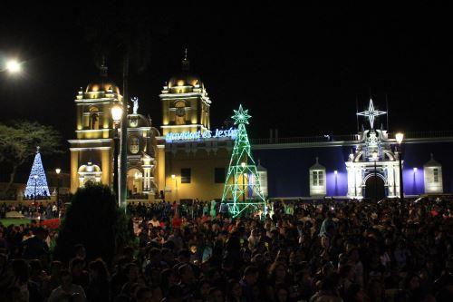 Trujillo celebra la edición 21 del Festival de Luces y Colores. ANDINA/Luis Puell