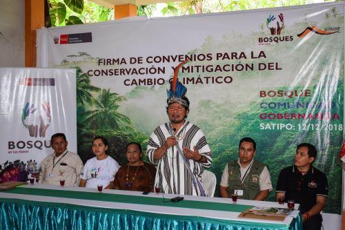 Asháninkas impulsarán bionegocios y trabajarán en conservación de bosques.