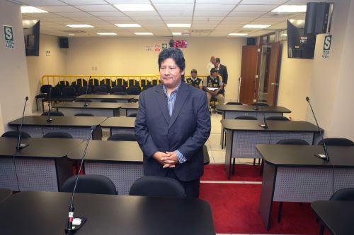 Ex titular de la FPF, Edwin Oviedo se presenta anteTercer Juzgado Nacional de Investigación Preparatoria del Sistema Anticorrupción