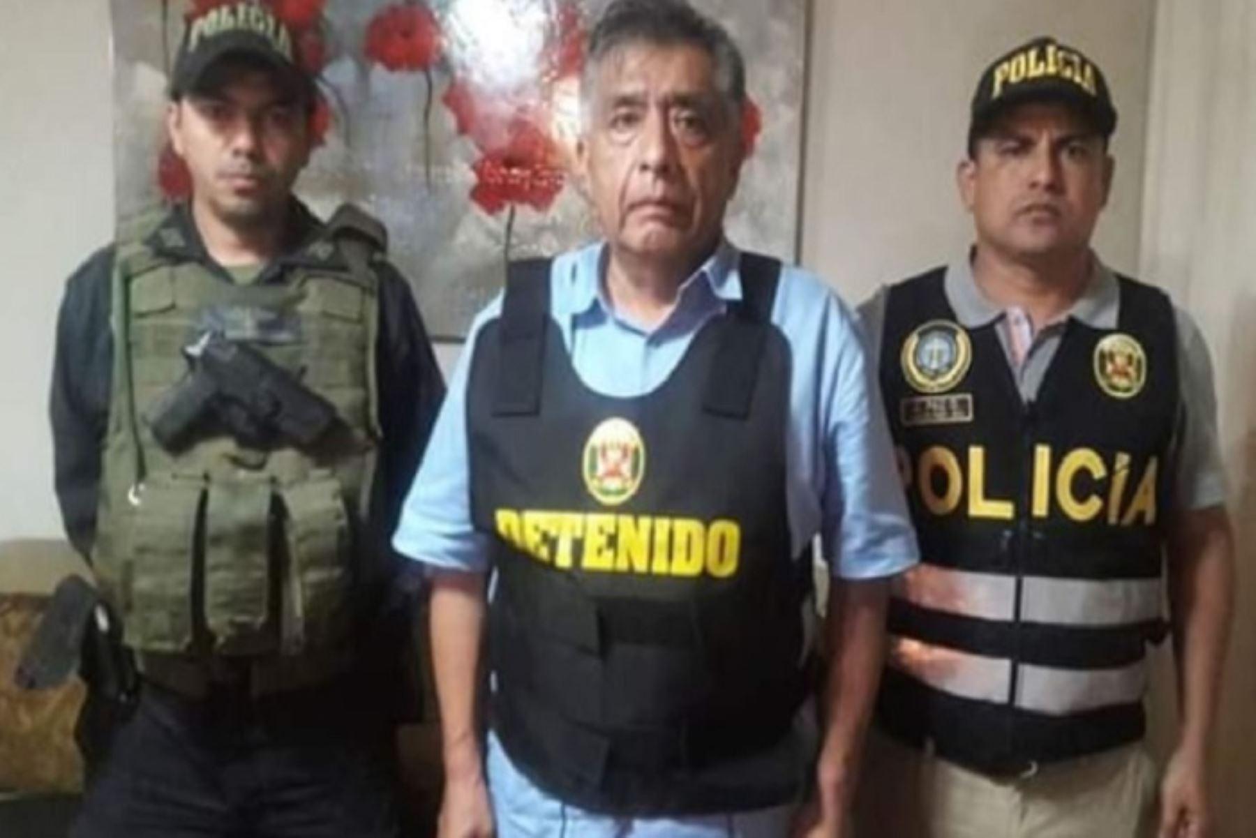 La Fiscalía Especializada contra el Criminen Organizado de Lambayeque logró que se dicte 36 meses de prisión preventiva contra el exalcalde de Chiclayo, David Cornejo Chinguel, presunto líder de la organización criminal 'Los Temerarios del Crimen'.