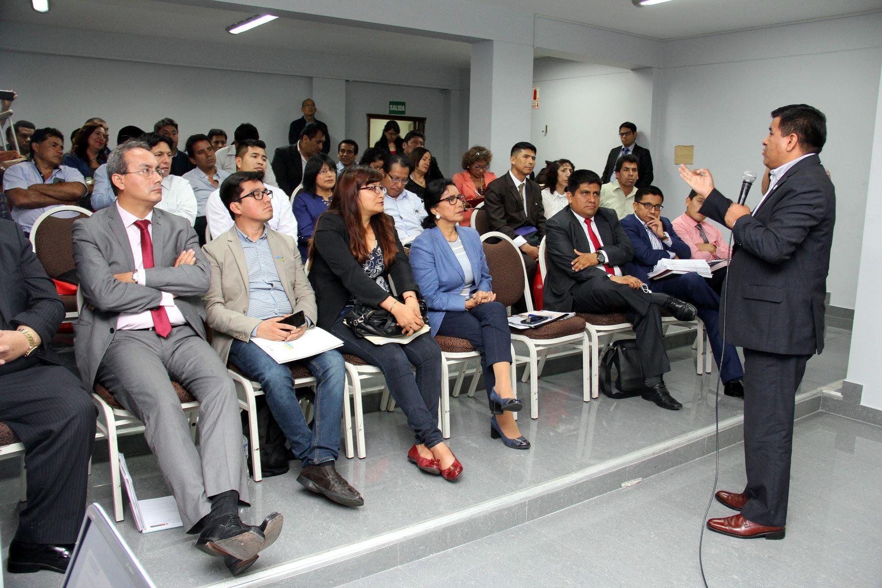 Pensión 65 expone sus servicios a los alcaldes electos de Puno, Junín y Cusco. ANDINA/Difusión