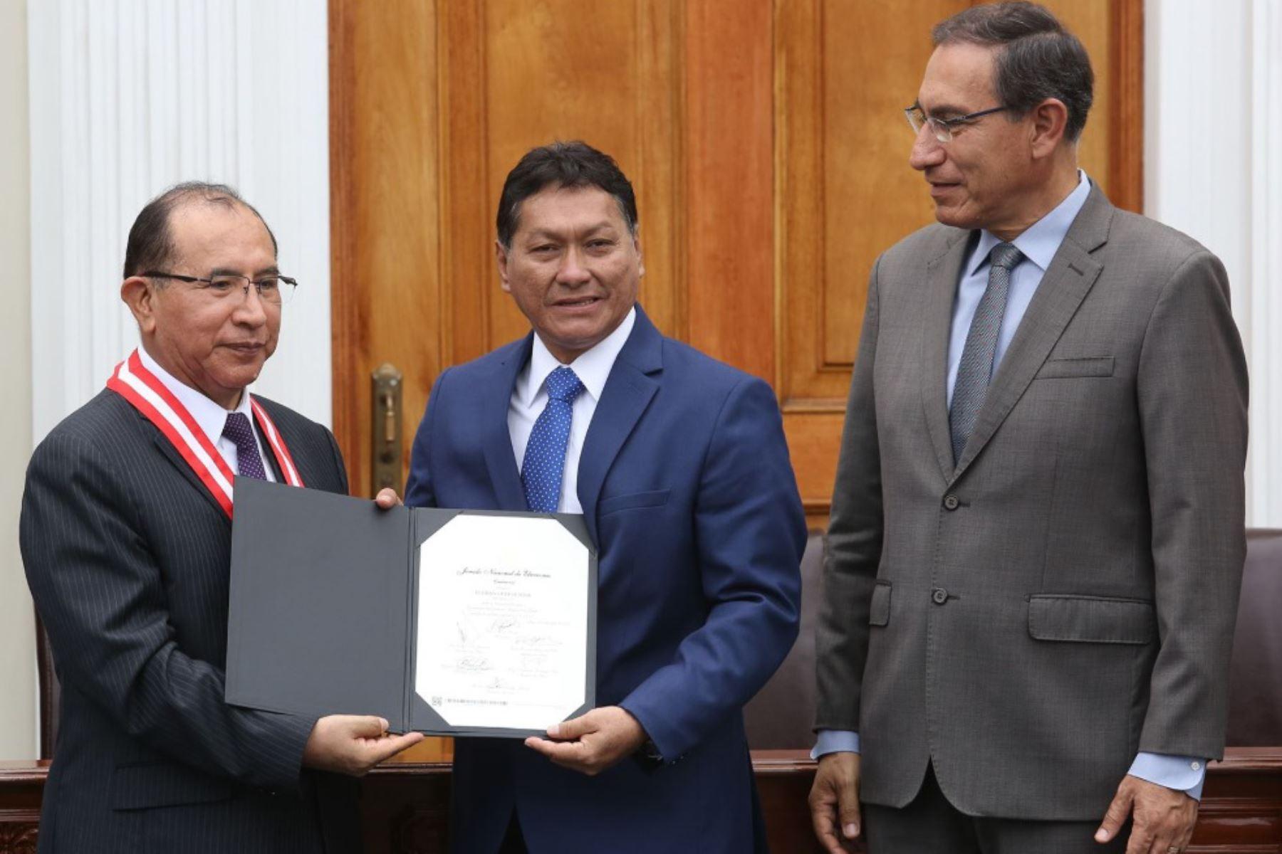 Gobernador regional de Loreto para el período 2019-2022, Elisbán Ochoa Sosa.