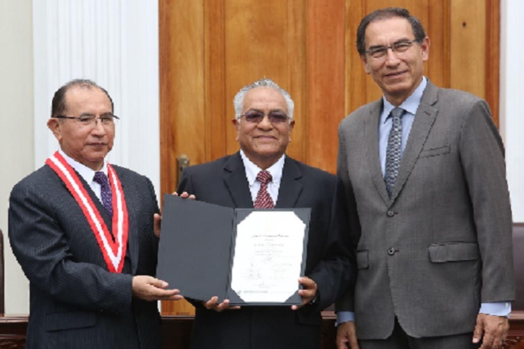 Nuevo gobernador regional de Lima Provincias, Ricardo Chavarría Oria.