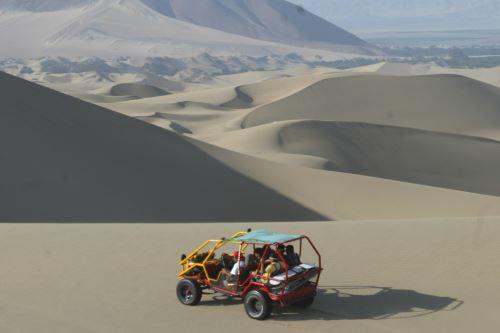 Las dunas de Paracas, en la región Ica, se lucirán durante rally Dakar 2019. ANDINA/Difusión