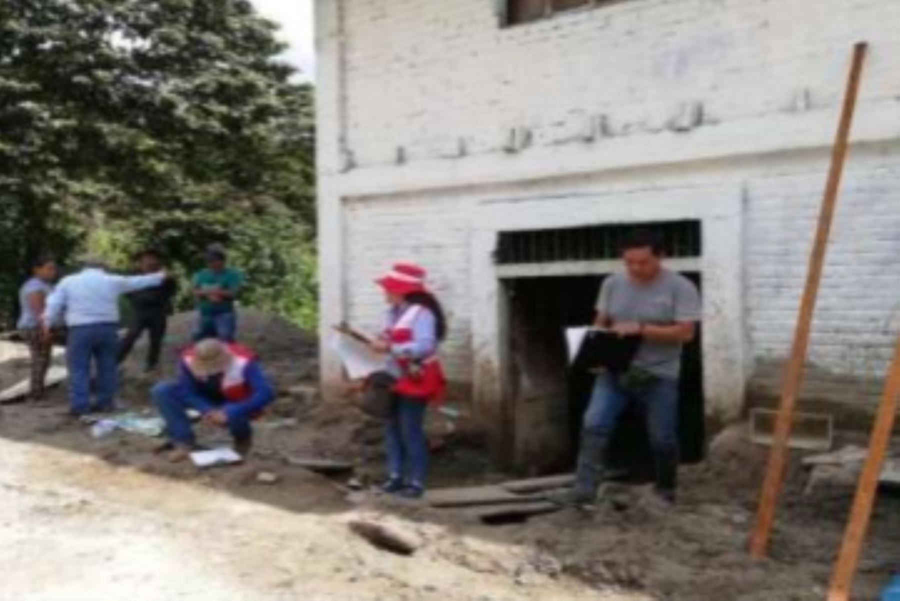 El Programa Nacional de Saneamiento Rural del CAC Cusco evaluó los daños y las necesidades de los sistemas de agua potable y saneamiento en Huayopata.