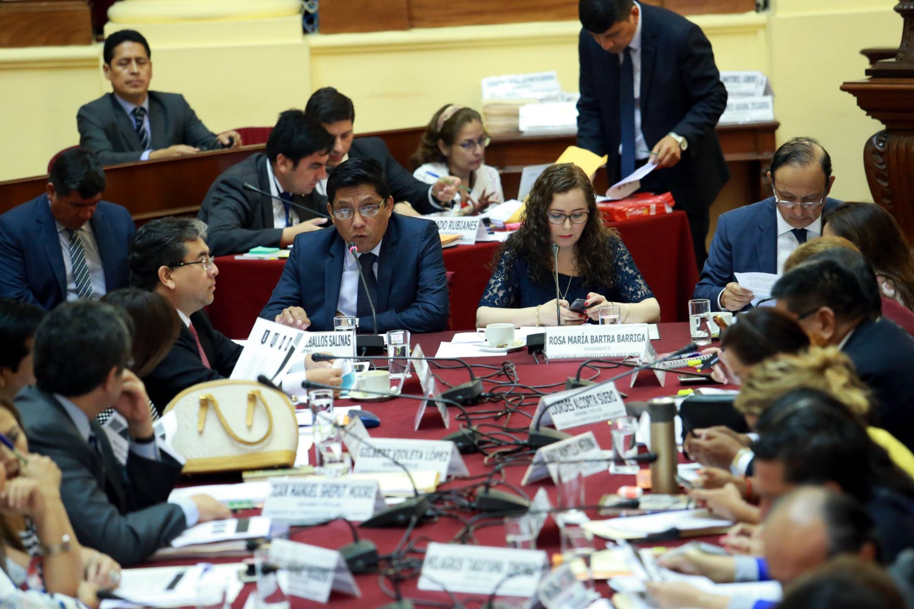 Ministro de Justicia, Vicente Zeballos expone ante comisión de Constitución. ANDINA/Norman Córdova