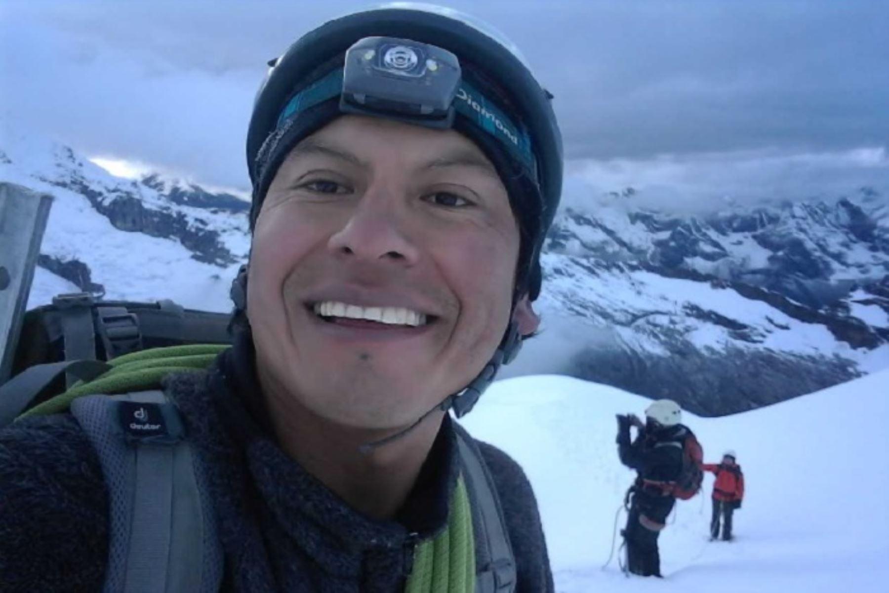 Guía de la AGMP,  Rubén Darío Alva (30),  falleció junto a tres montañistas españoles en el nevado Mateo,en la provincia ancashina de Carhuaz.