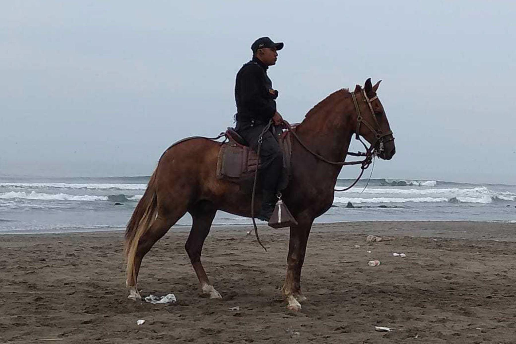Serenazgo a caballo reforzará seguridad en huacas del Sol y la Luna