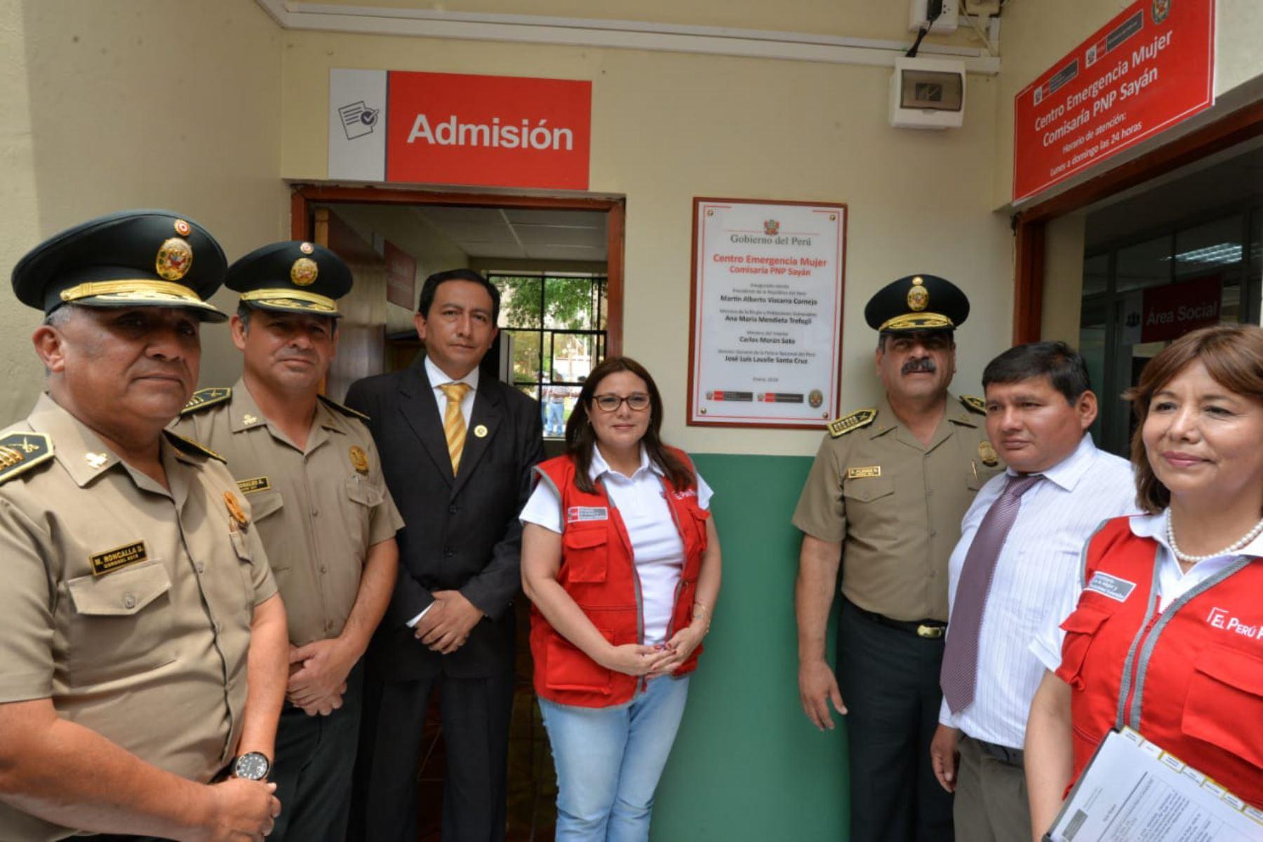 La titular del Mimp, Ana María Mendieta, inauguró hoy el Centro Emergencia Mujer N° 100 en la comisaría de Sayán, en la provincia limeña de Huaura.