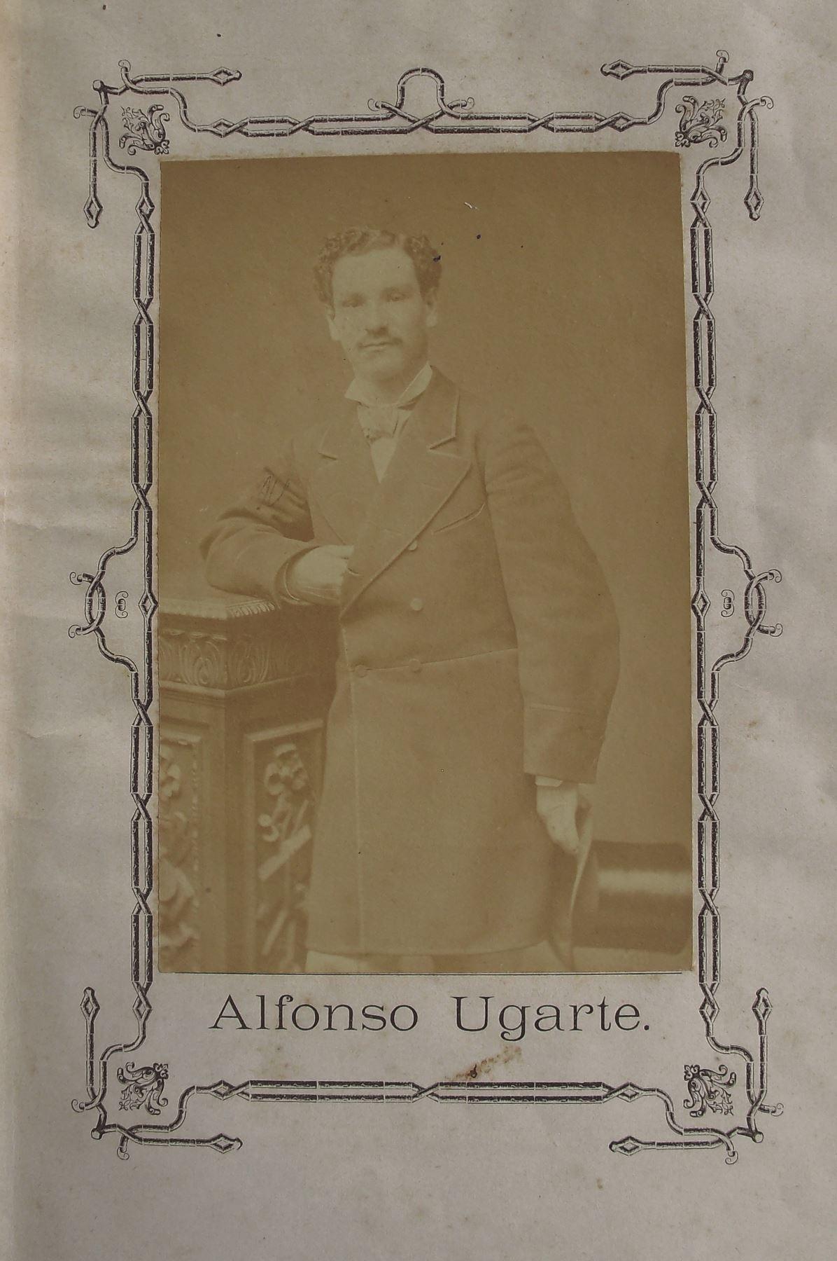 Fotografía de Alfonso Ugarte, quien antes de enrolarse en el Ejercito Peruano fue un empresario salitrero. Foto: Cortesía