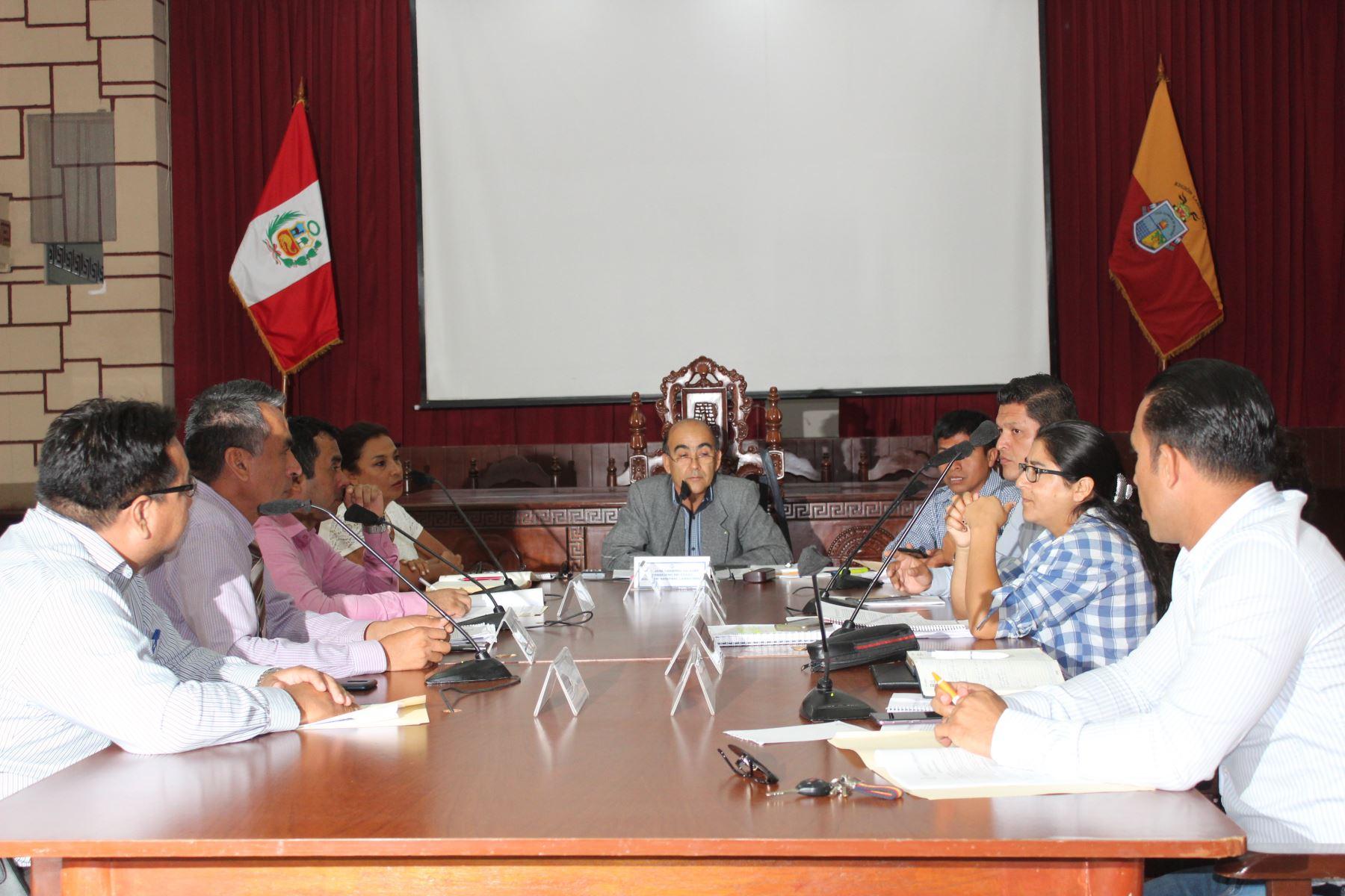El Consejo Regional de Lambayeque acordó desarrollar sesiones descentralizadas.