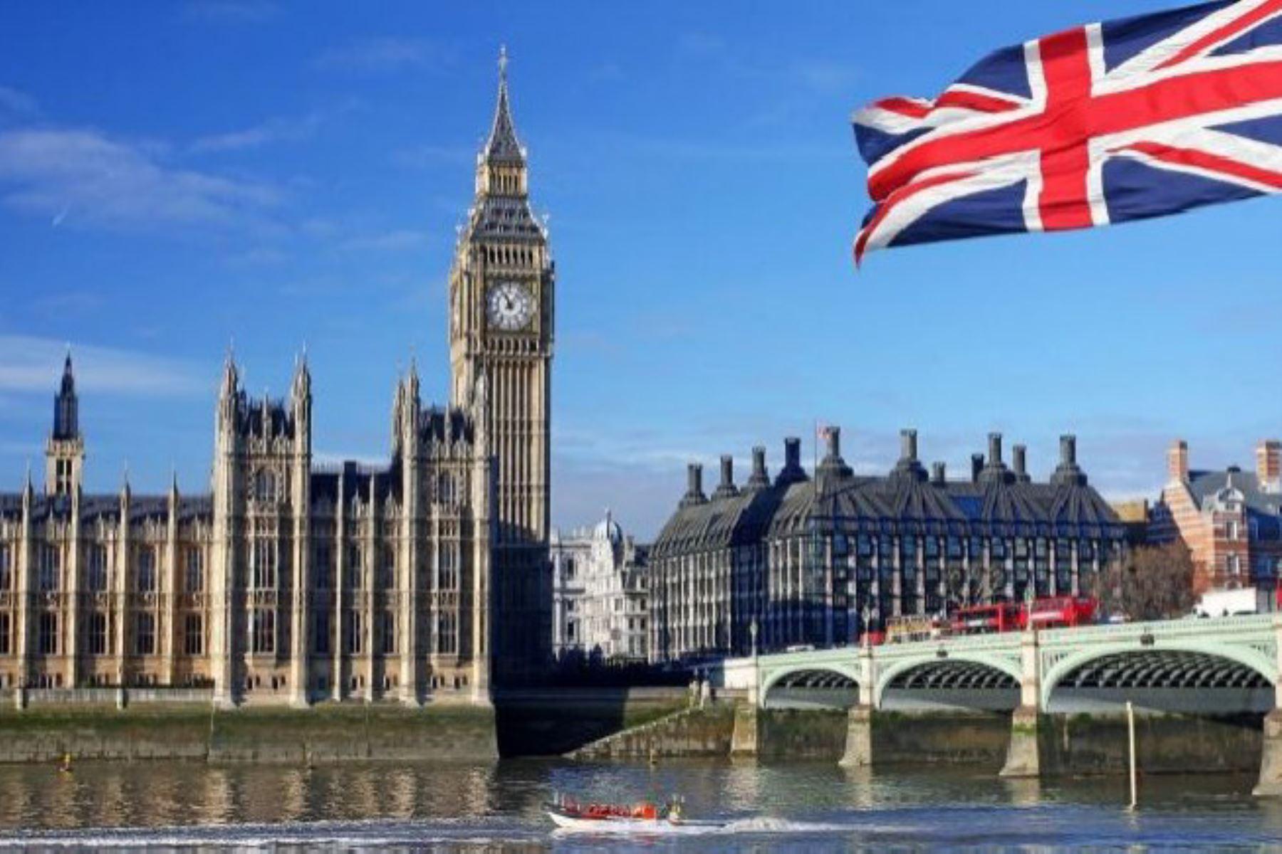 Reino Unido saluda democrática elección de Pedro Castillo como presidente del Perú