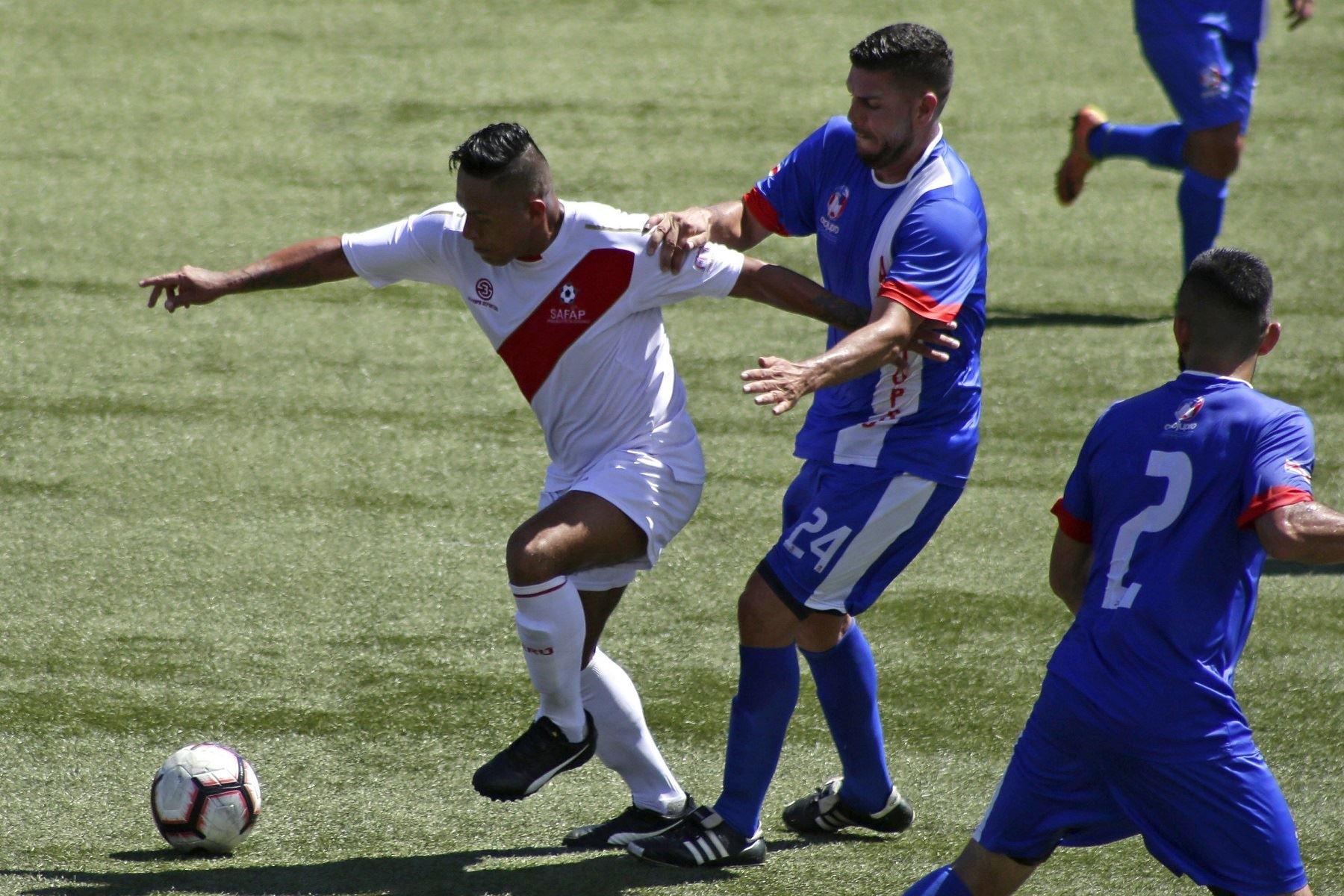 Perú ganó torneo FIFPro América de futbolistas profesionales libres o sin contrato Foto: EFE