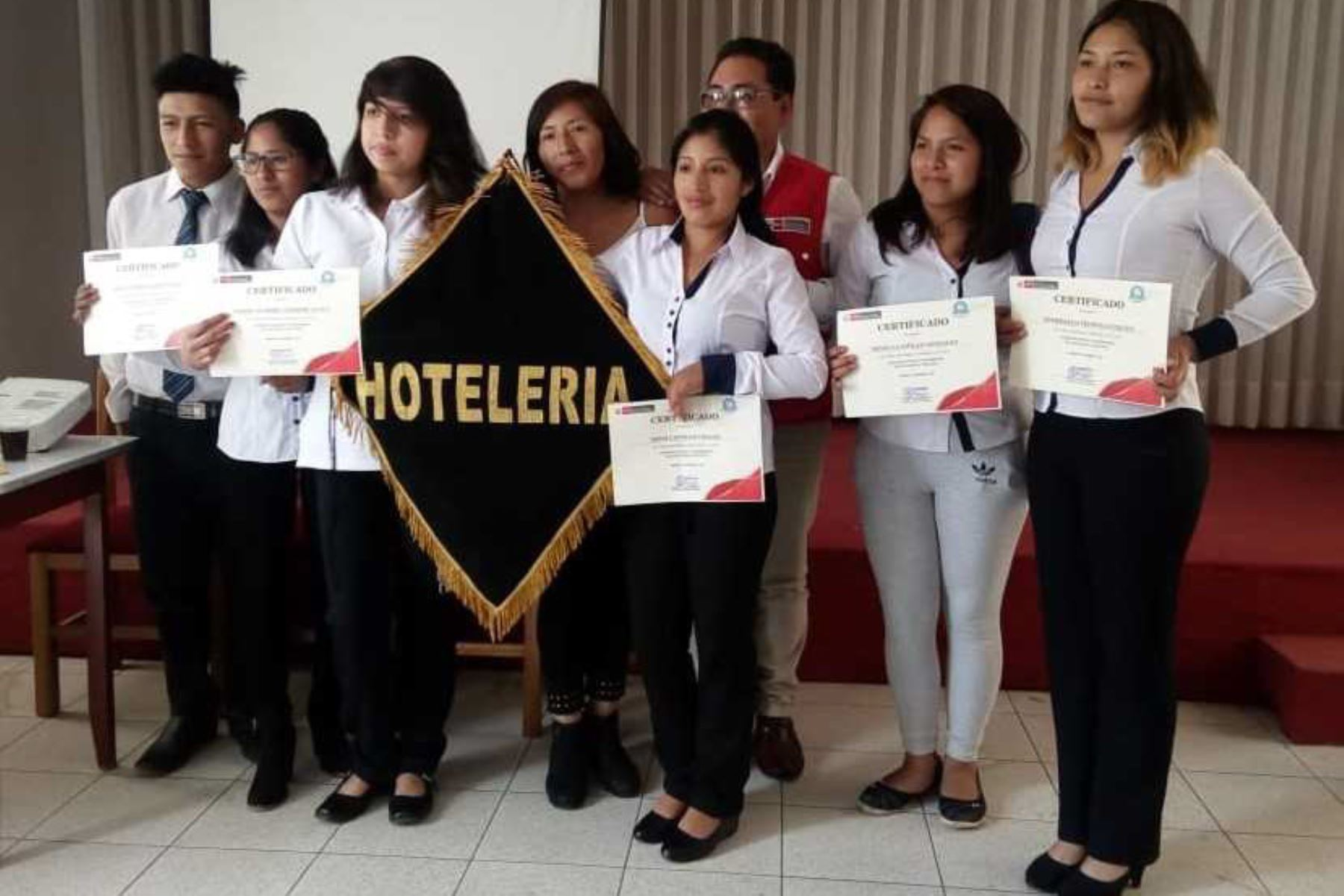 Apurímac: capacitan a 80 jóvenes para trabajar en oficios requeridos por empresas de la región