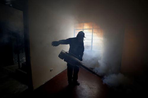 Jornada de fumigación en San Juan de Lurigancho