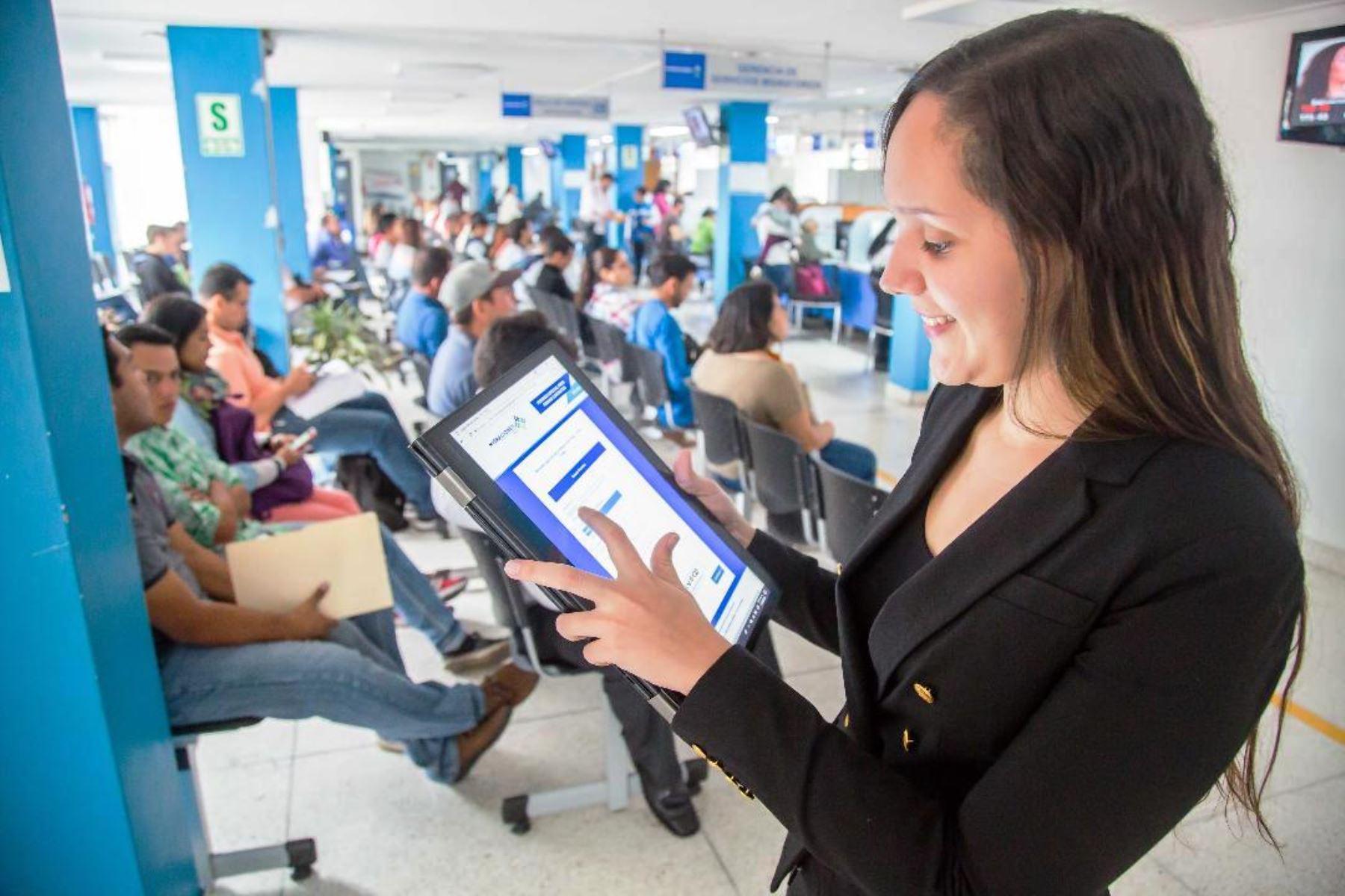 Migraciones: 275 mil extranjeros realizaron trámites a través de Internet. Foto: ANDINA/Difusión.