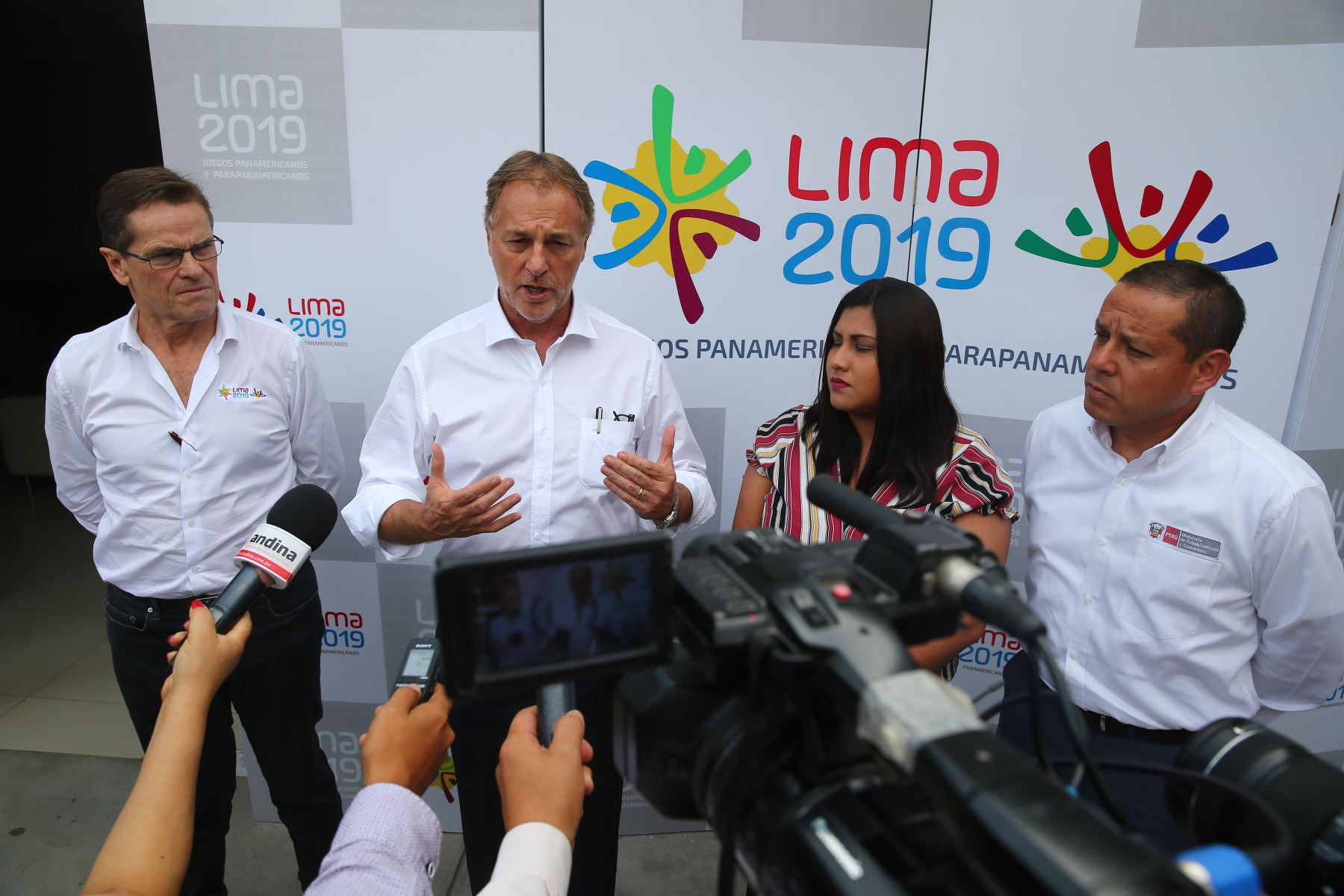 23/01/2019   Alcalde de Lima Jorge Muñoz asiste a reunión con los alcaldes distritales y jefe de los Panamericanos Carlos Neuhaus. Foto: ANDINA/Luis Iparraguirre
