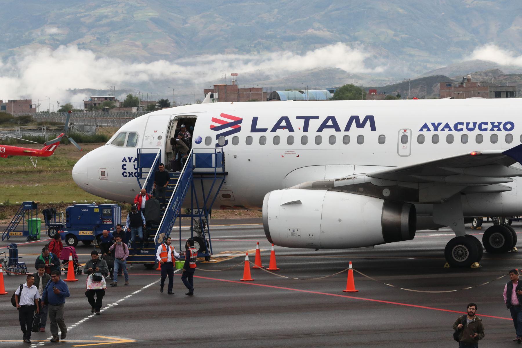 LATAM mantendrá reducción del 95 % de su operativa en mayo y ...