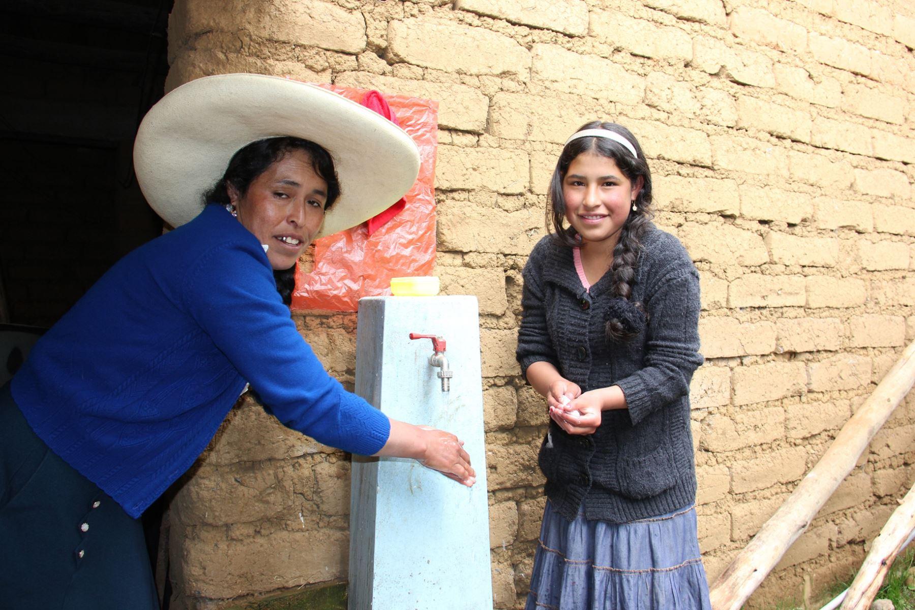 Estrategia de cloración de agua beneficiará a 86,000 pobladores de zonas rurales de Piura. ANDINA/Difusión