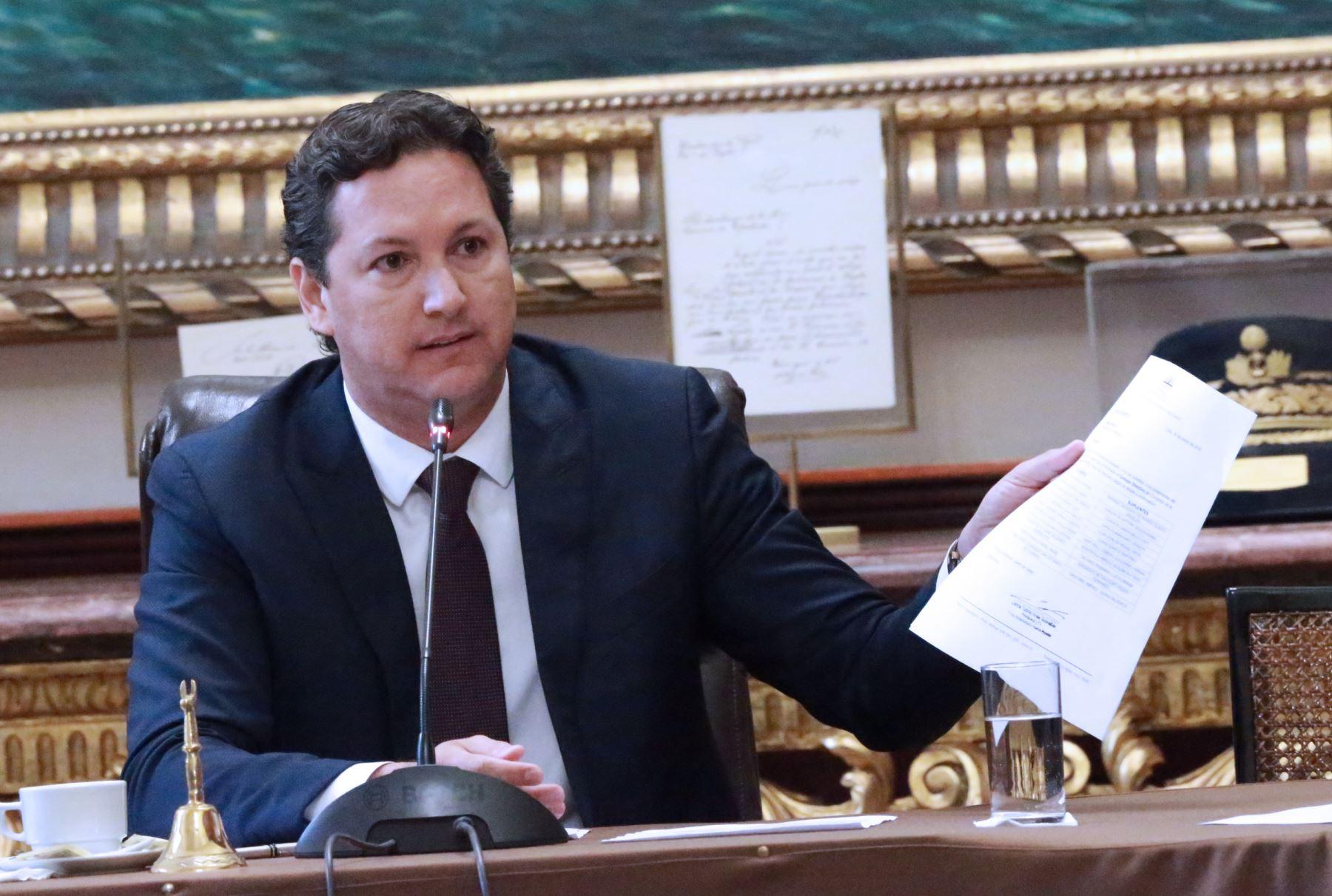 Daniel Salaverry pide investigación imparcial y sin venganzas