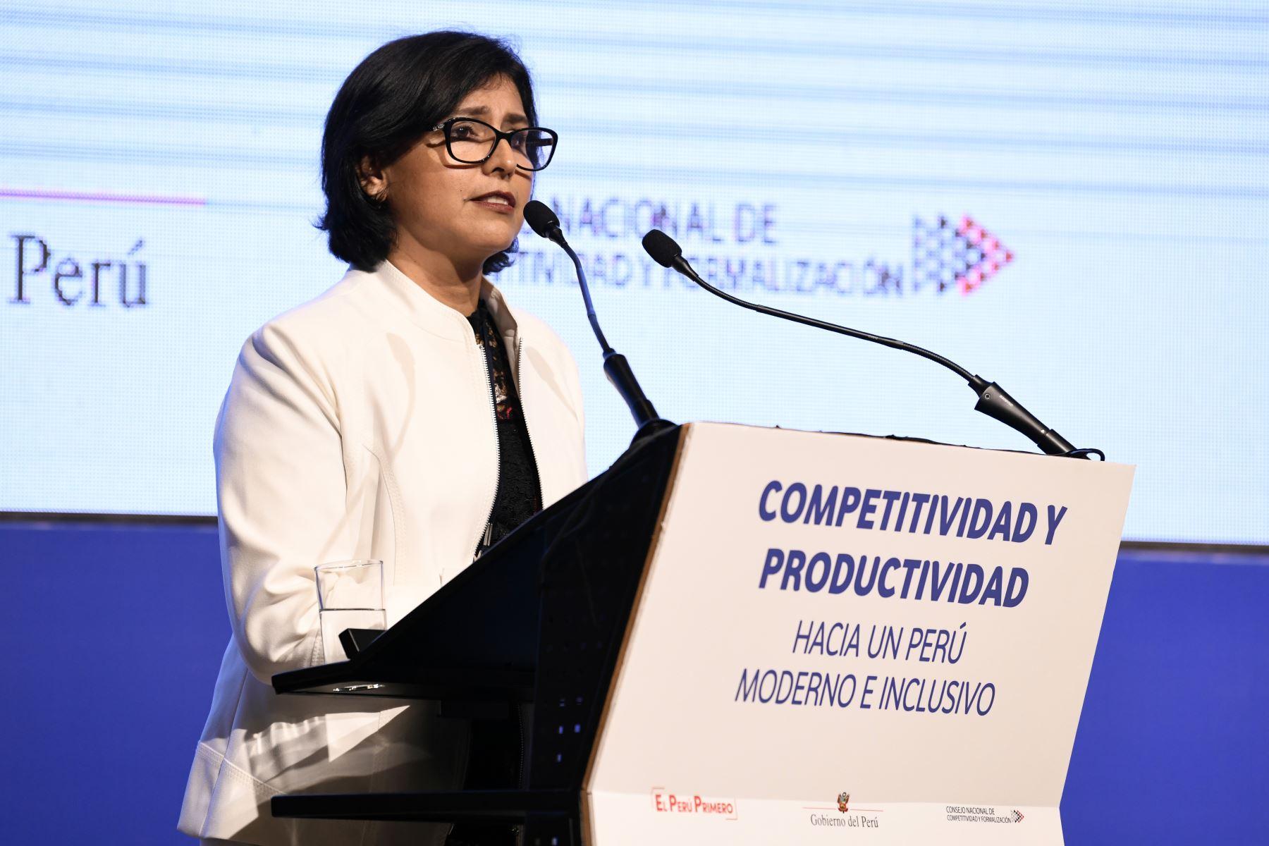 Ministra también aclaró que la propuesta del Plan Nacional de Competitividad y Productividad respeta los derechos laborales. ANDINA/Difusión