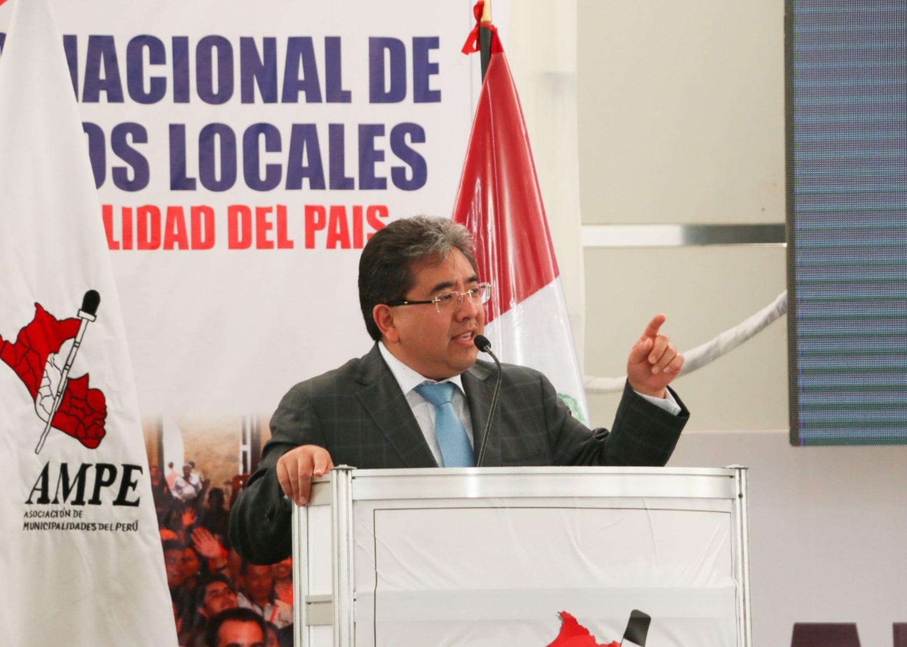 Contralor Nelson Shack plantea a alcaldes presentar declaración jurada de conflicto de intereses.