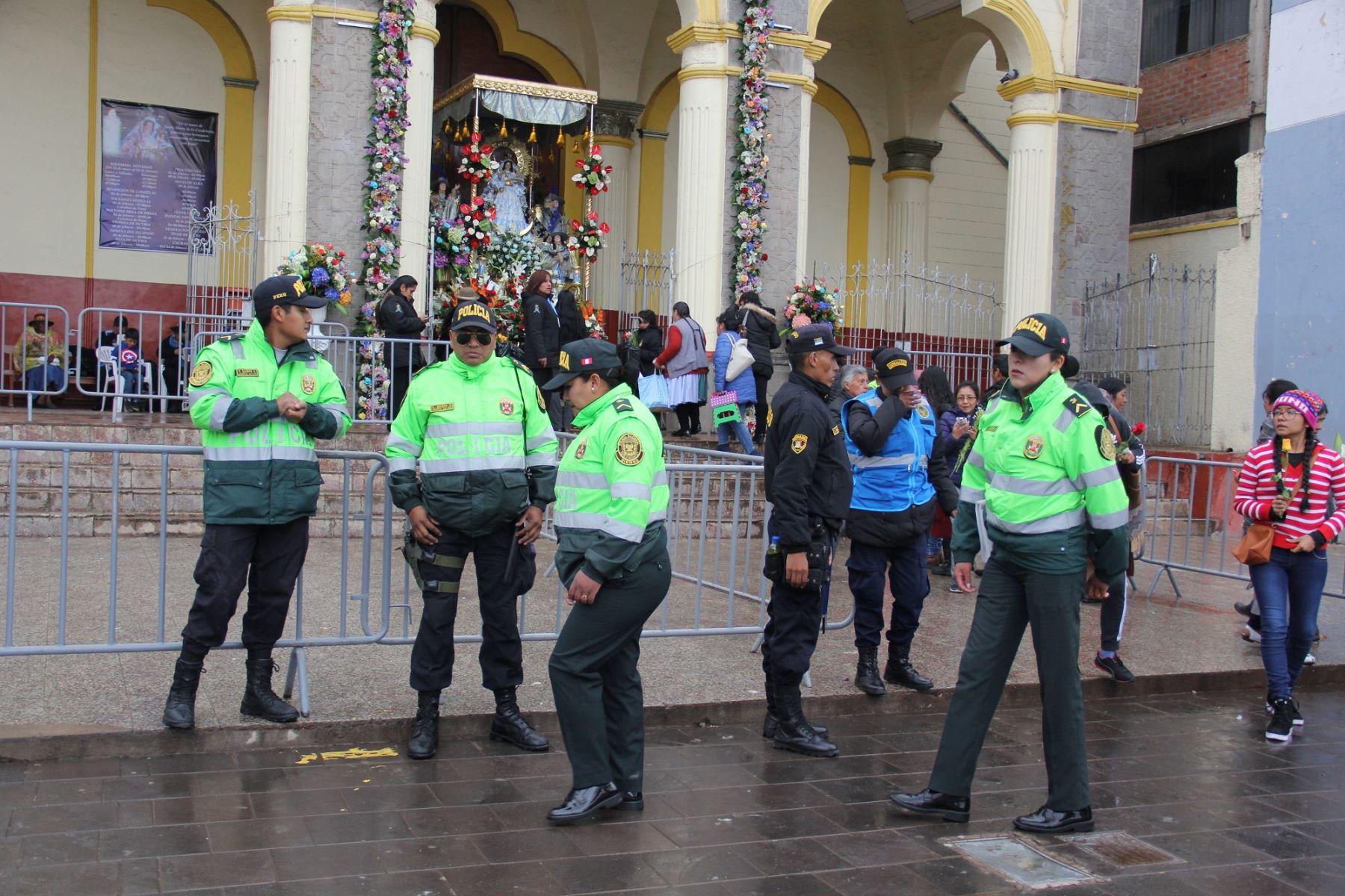 Redoblarán seguridad en Puno durante octava de Fiesta de la Virgen de la Candelaria. ANDINA