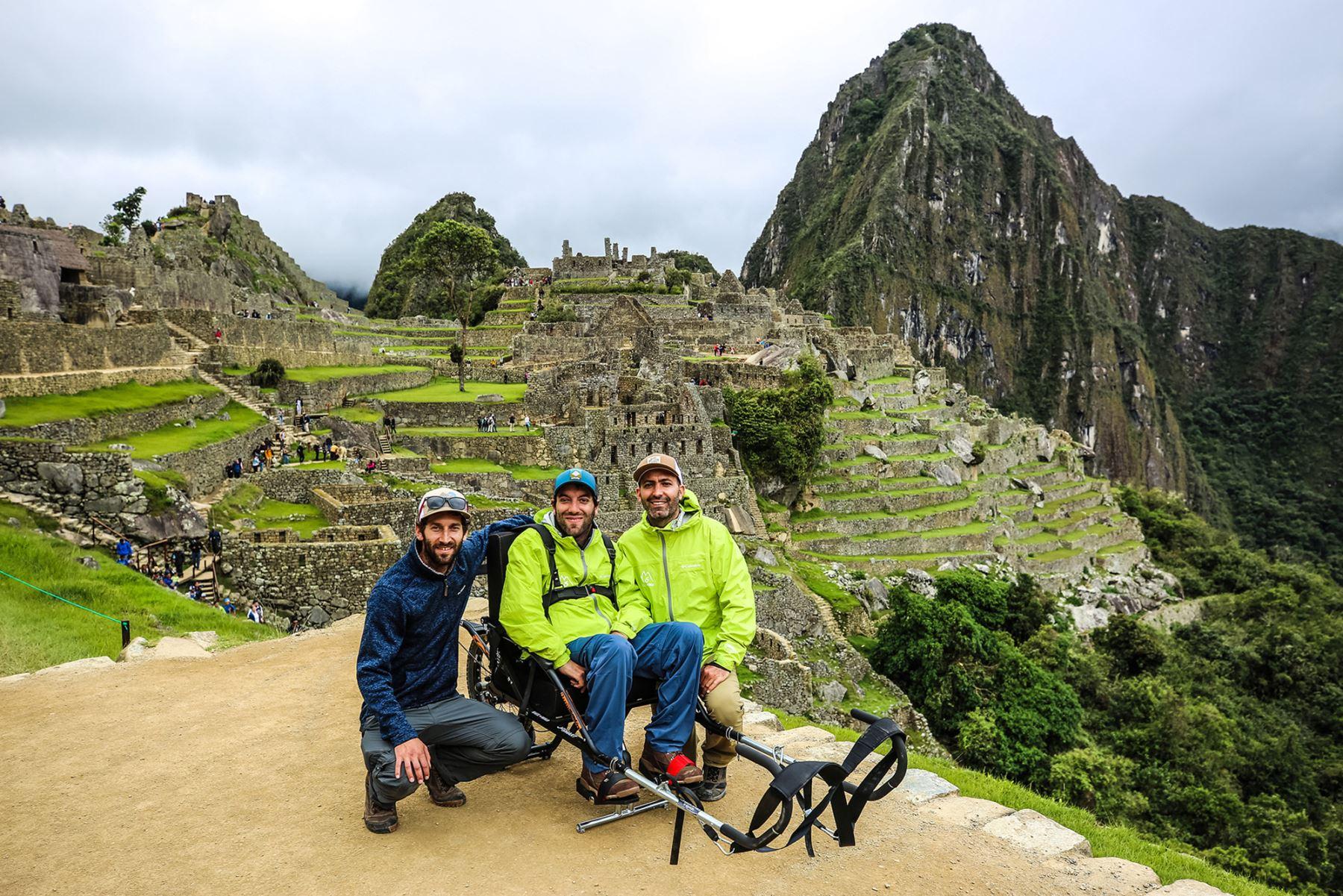 Inauguran recorrido en silla de ruedas en parque arqueológico Machu Picchu, en Cusco. Foto: Wheel the World