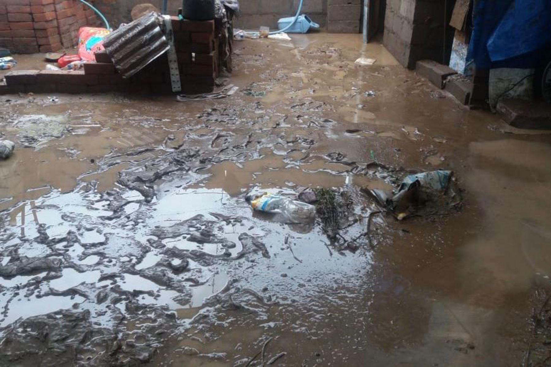 Lluvias intensas ocasionaron serios daños en viviendas del distrito de Quequeña, ubicado a una hora de la ciudad de Arequipa.