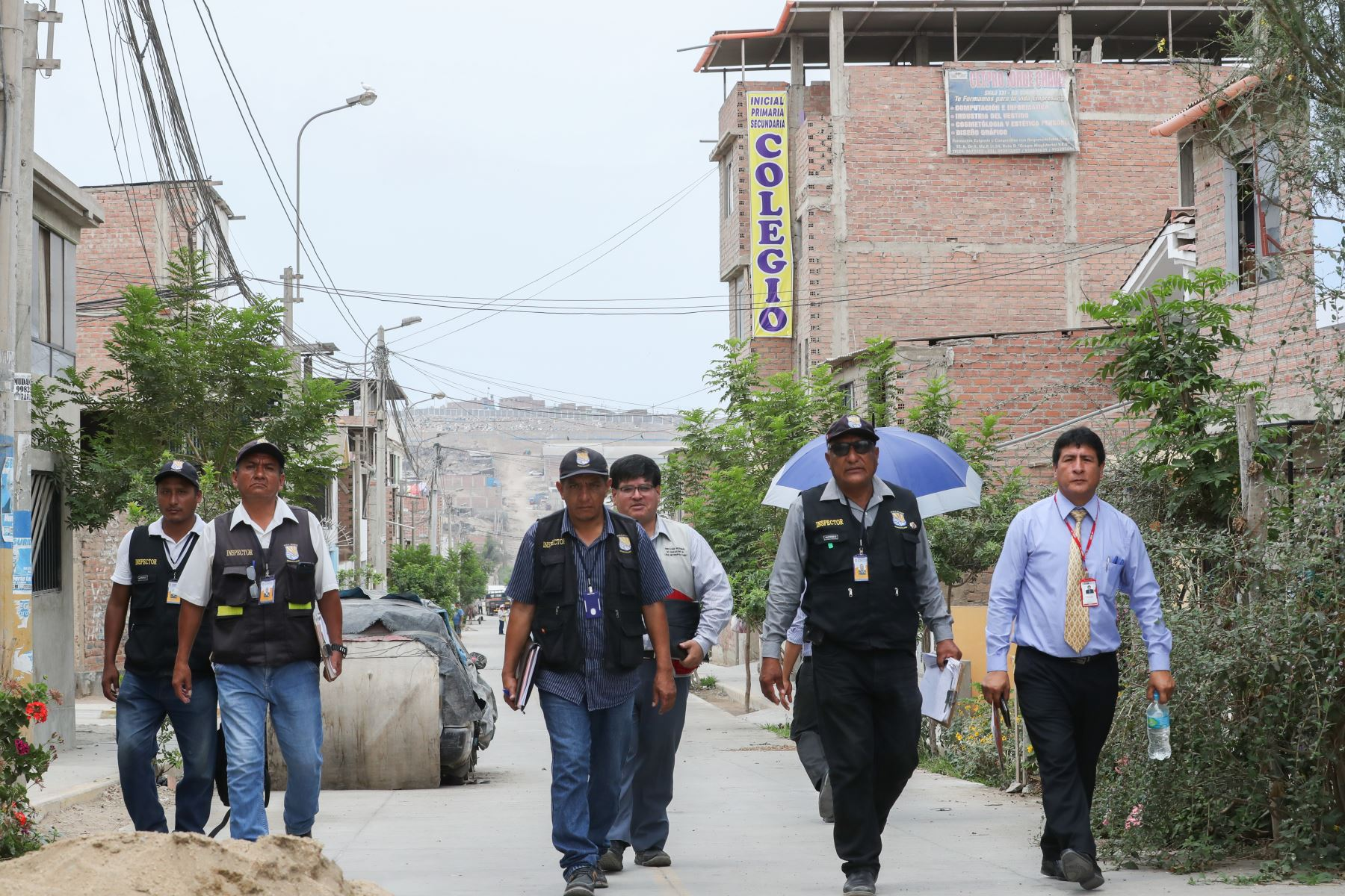 Operativo para cerrar colegios ilegales en Villa el Salvador.Foto: ANDINA/Juan Carlos Guzmán Negrini.