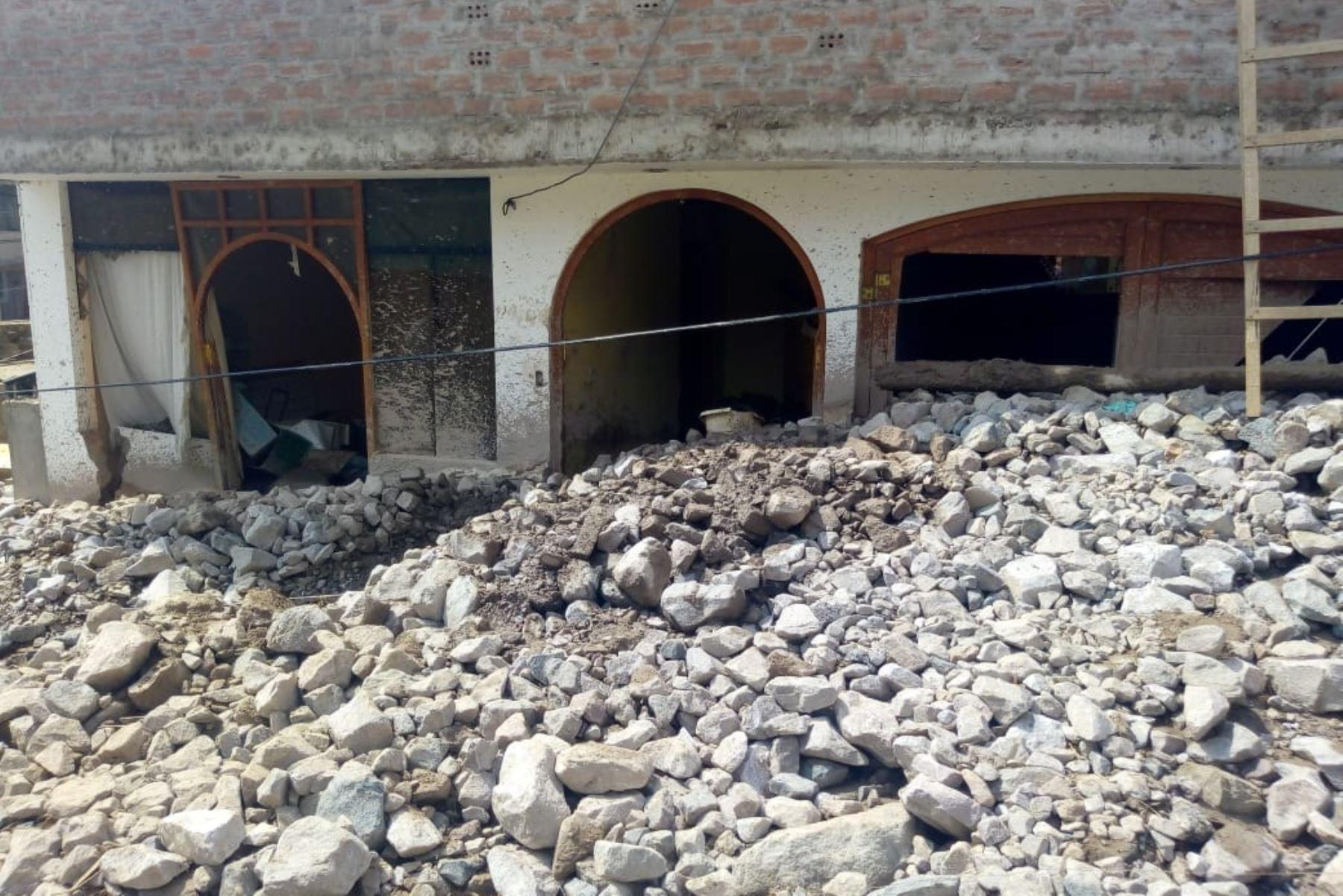 3 Muertos por huaico en Arequipa, distrito de Aplao. Foto: ANDINA/Difusión