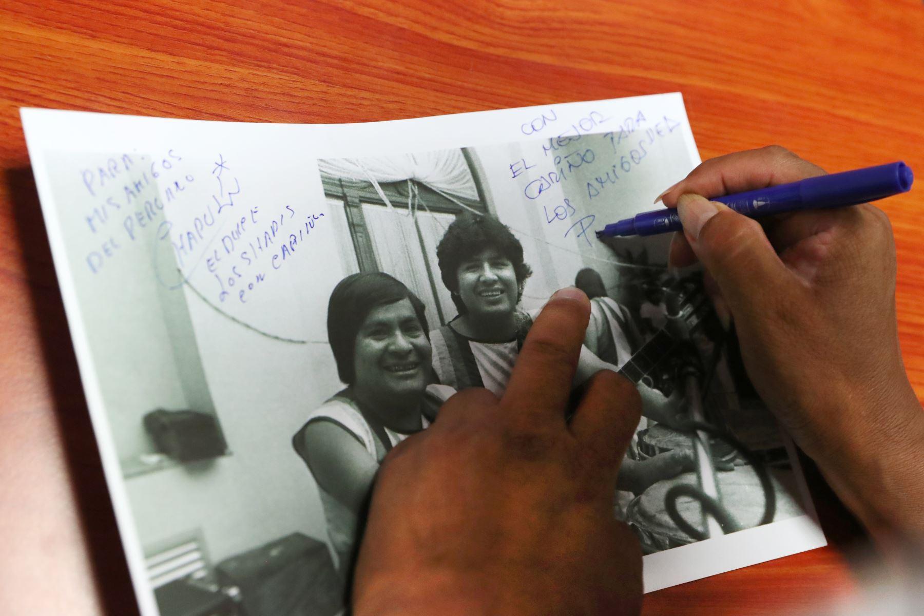Nose dejaron su cariño estampado en una foto de nuestro archivo histórico. Foto: ANDINA/Melina Mejía