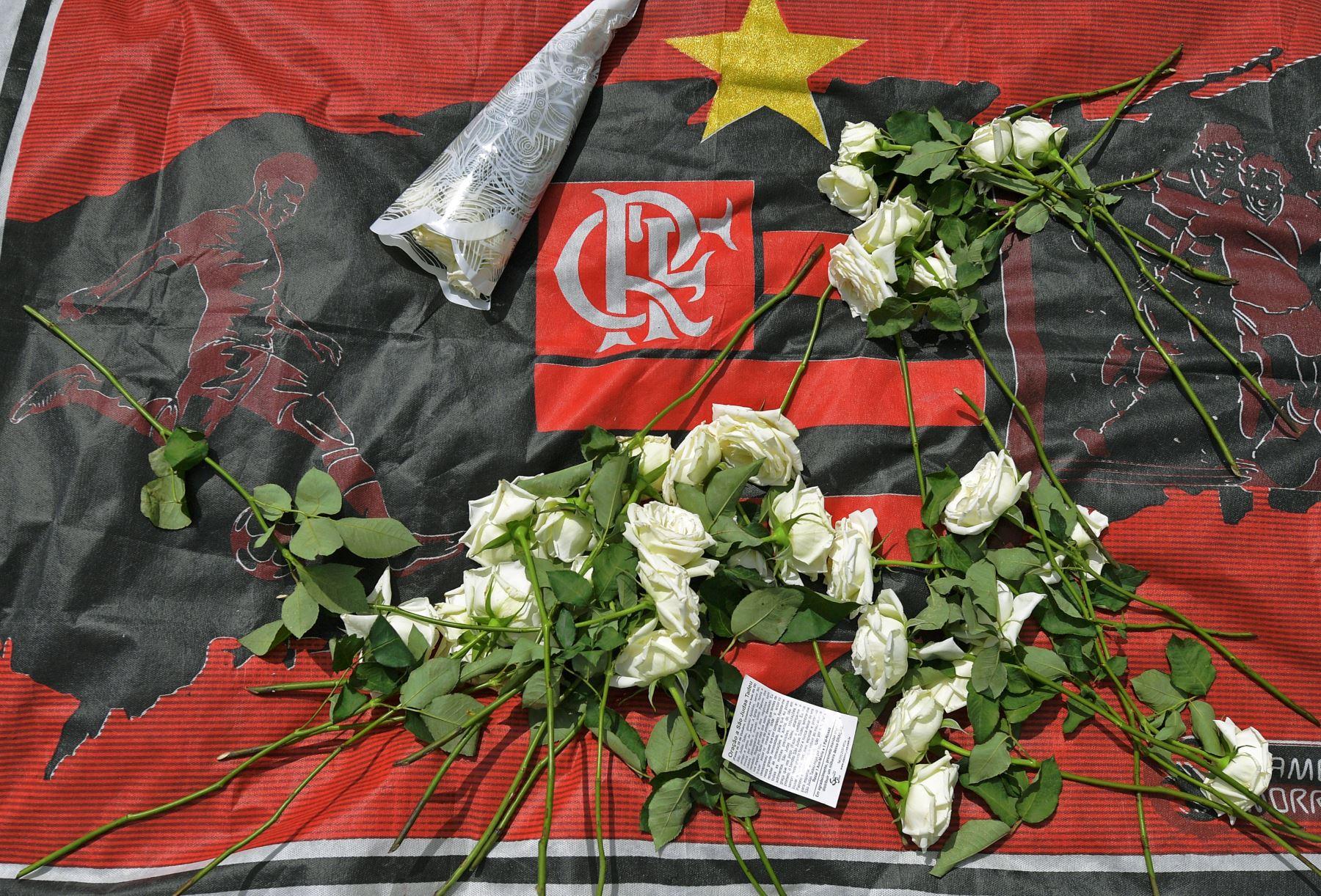 Difunden listado de futbolistas fallecidos. Foto: AFP.