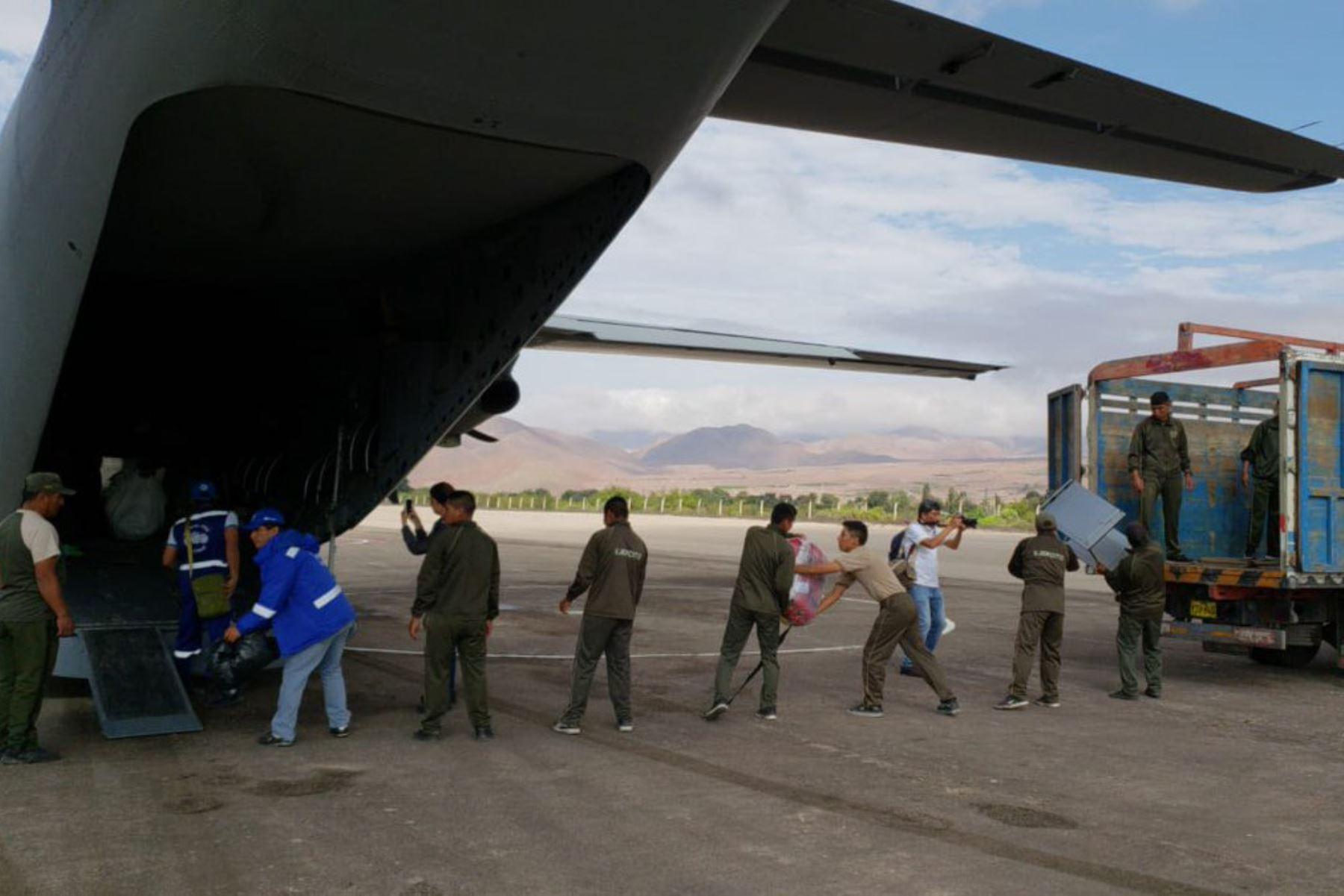 El Seguro Social de Salud (EsSalud) viene atendiendo la situación de desastre generada en el sur del país por las intensas lluvias que se han suscitado en las últimas horas y dispuso el envío de ayuda y atención a las regiones de Moquegua, Tacna y Arequipa a través de su Hospital Perú.