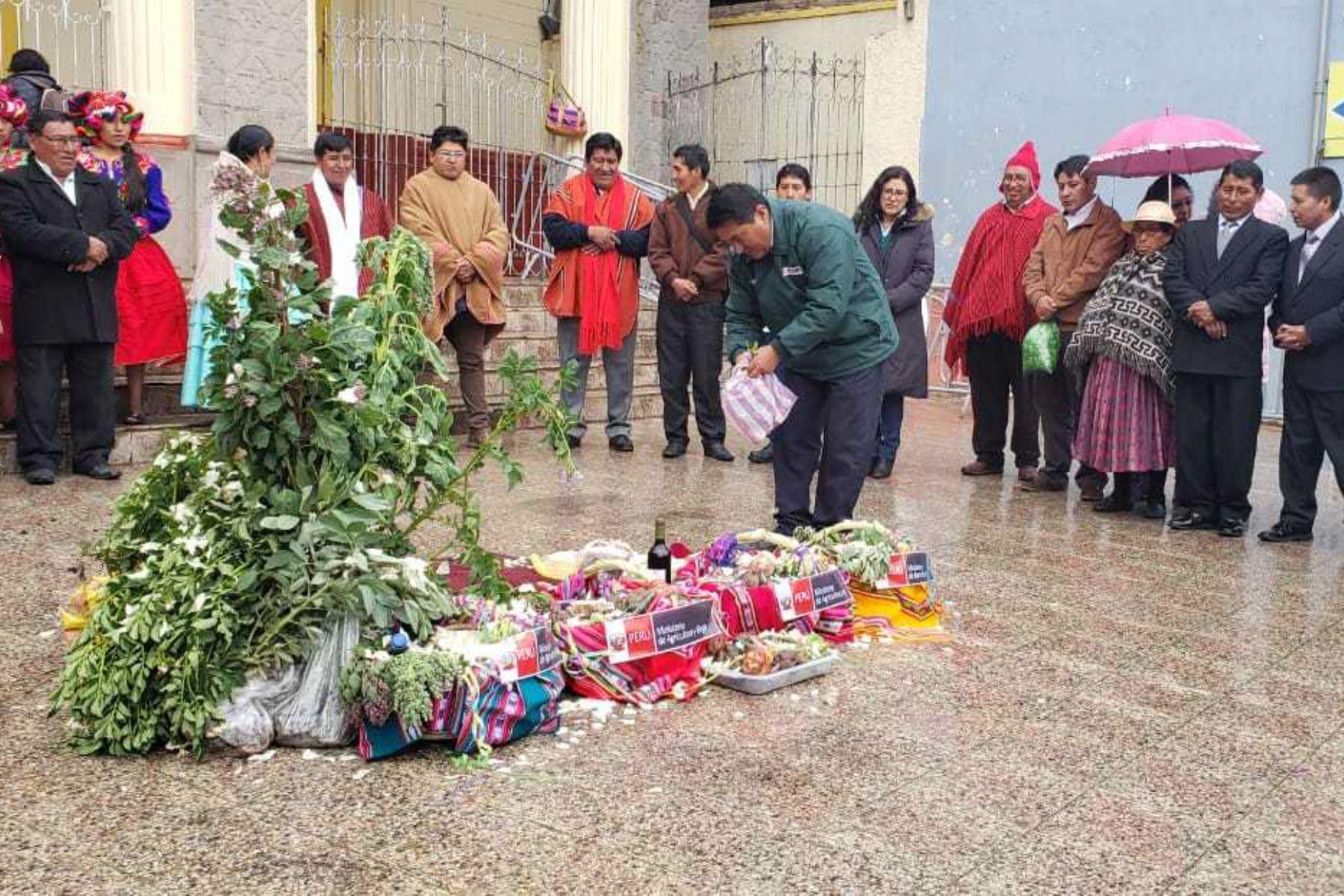 Virgen de la Candelaria: agricultores le rinden homenaje y donan productos