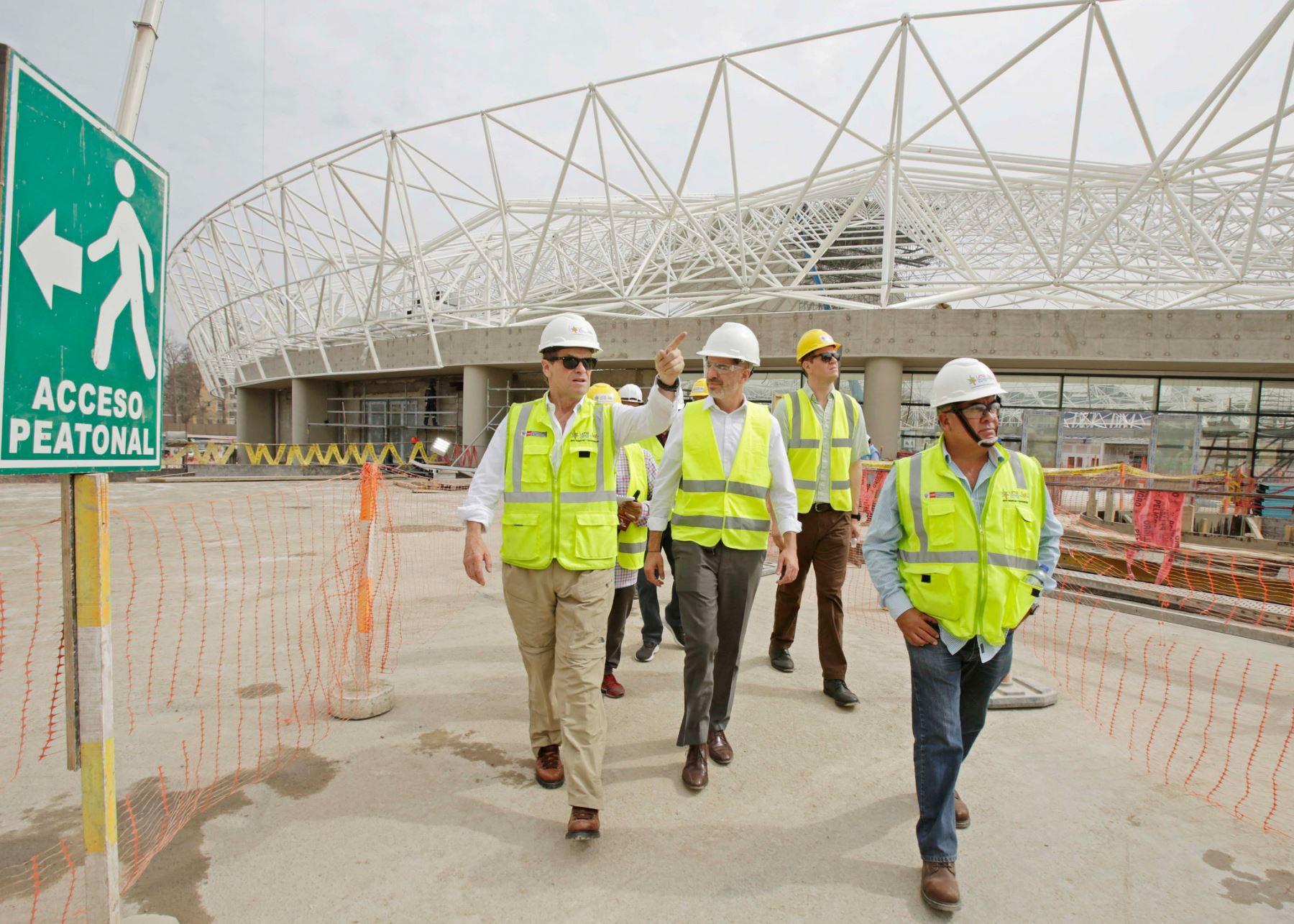 El presidente ejecutivo de Lima 2019, Carlos Neuhaus, y el titular del Instituto Peruano del Deporte, Sebastián Suito, recorrieron las instalaciones de la Villa Deportiva Nacional (Videna).