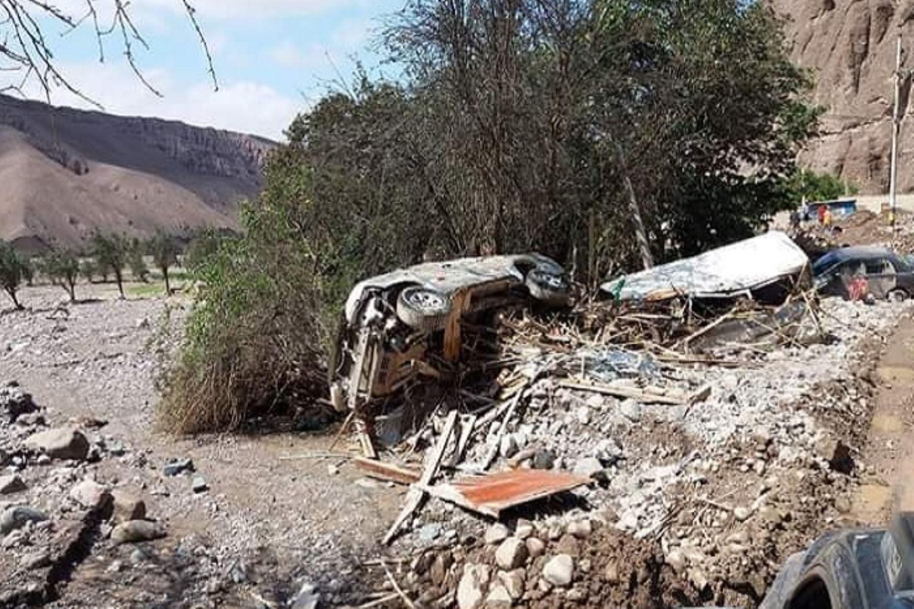 El centro poblado de Mirave, en el distrito de Ilabaya, región Tacna, prácticamente desapareció, al cubrir el huaico todas las viviendas, dejando a la intemperie a 420 familias que requieren ayuda inmediata, como carpas, bienes de abrigo, agua, alimentos y enseres.ANDINA/Difusión