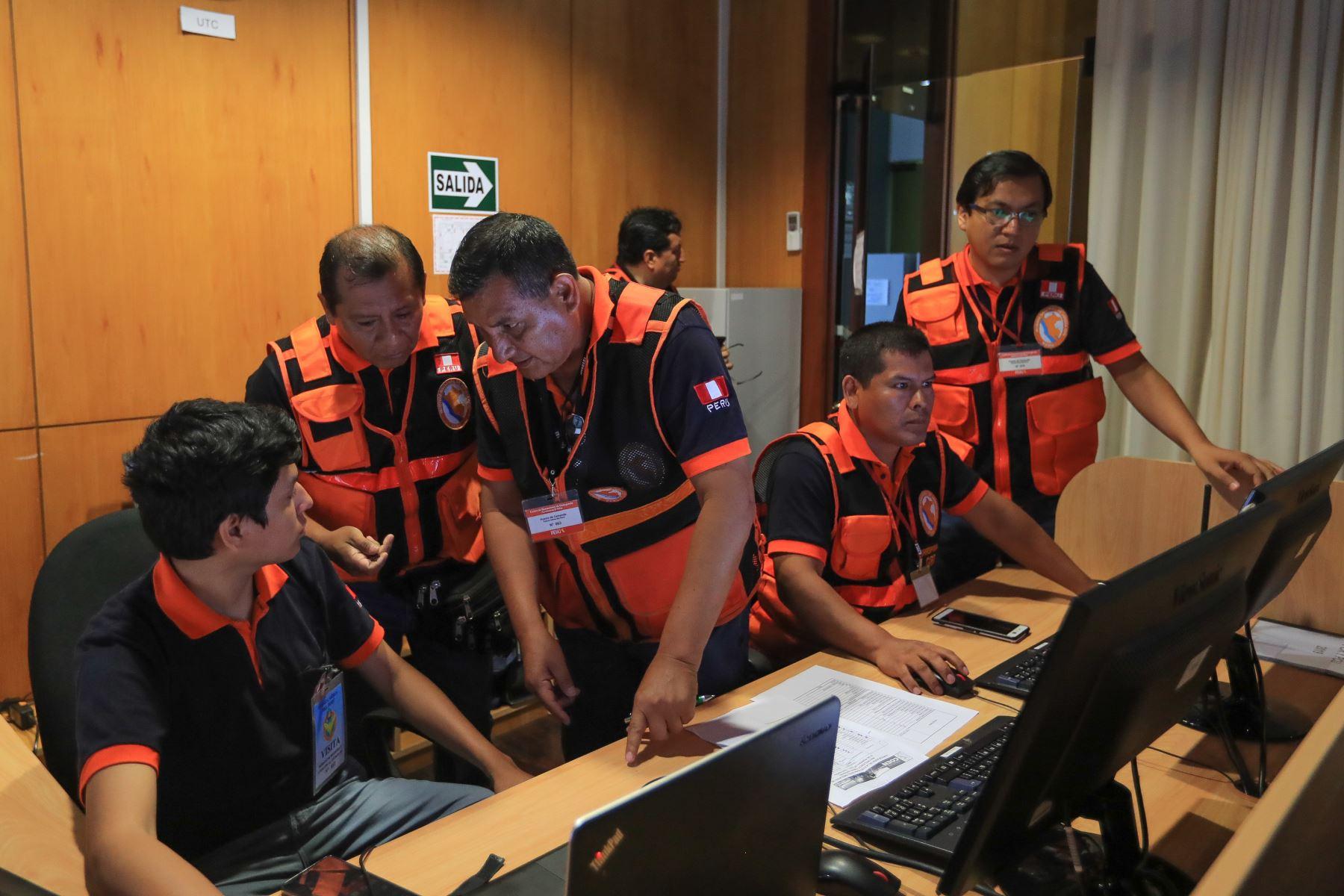Jefe de Estado preside reunión del Consejo Nacional de Riesgo de Desastres (Conagerd). Foto: ANDINA/Prensa Presidencia