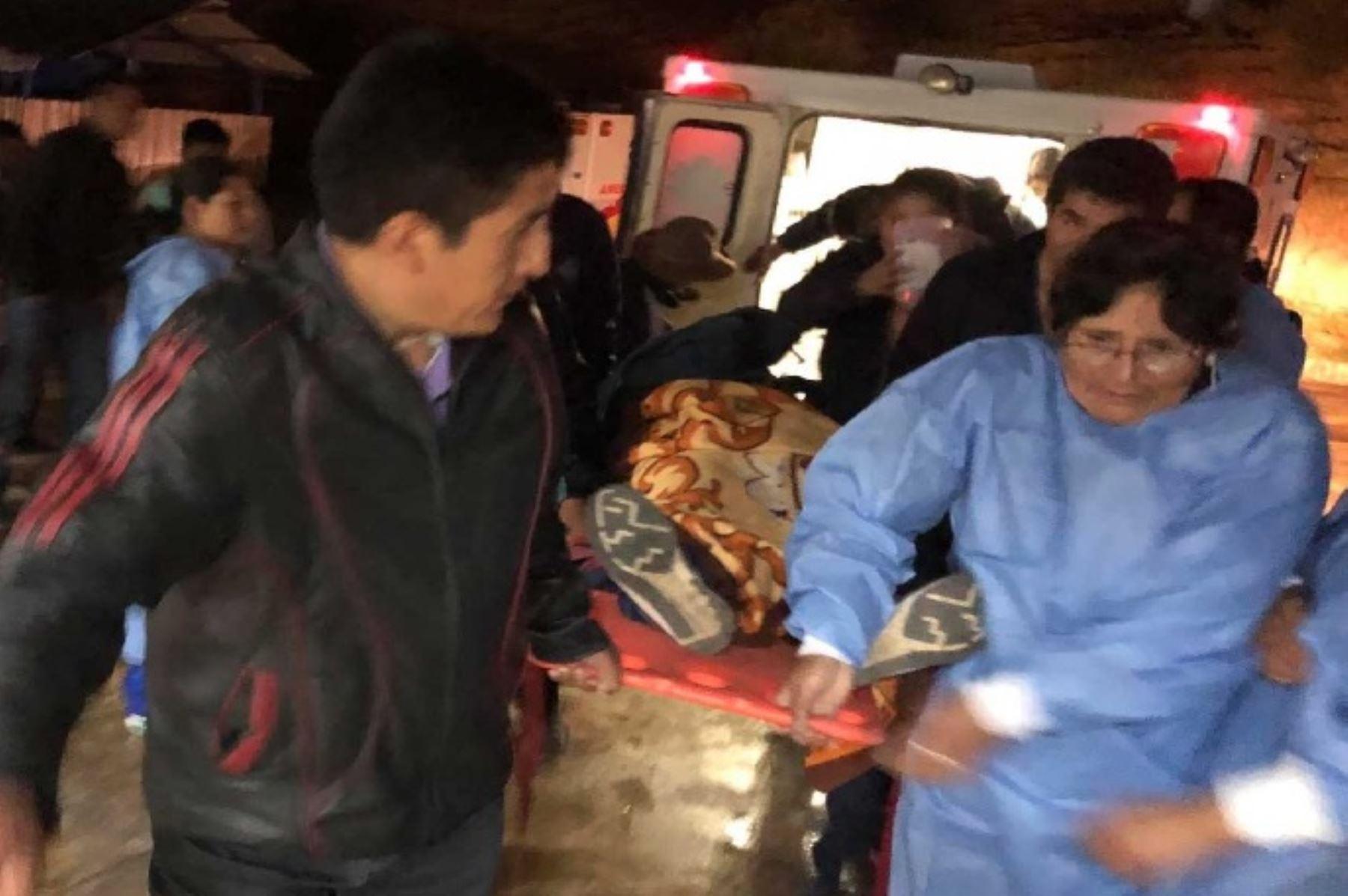 Una mujer murió y otras dos personas resultaron heridas en un accidente de tránsito ocurrido hoy en la vía de penetración Patilvia – Huaraz, a la altura del distrito de Cátac; en la región Áncash, confirmó la Policía local.