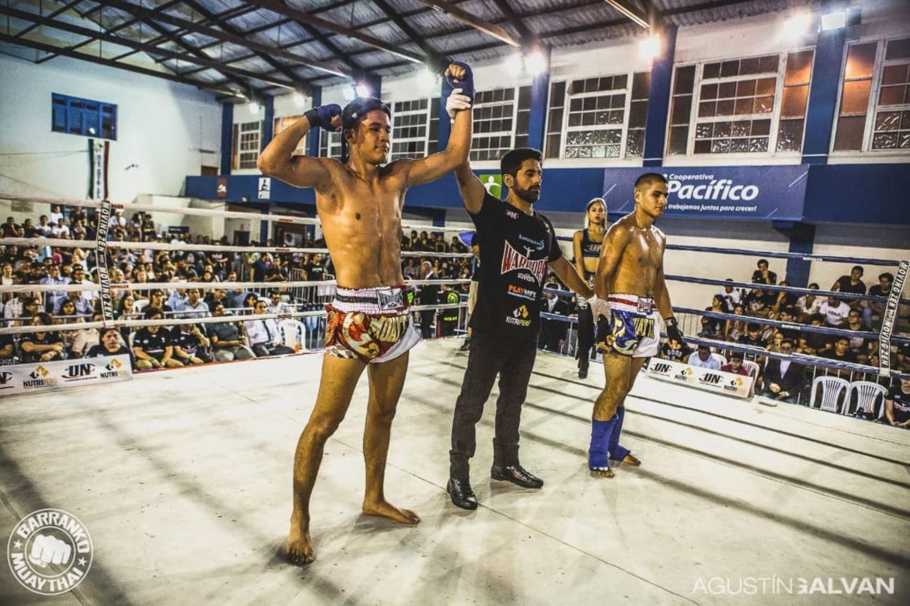 Piero Pineda, de 16 años, representará al Perú en Mundial de Muay Thai.