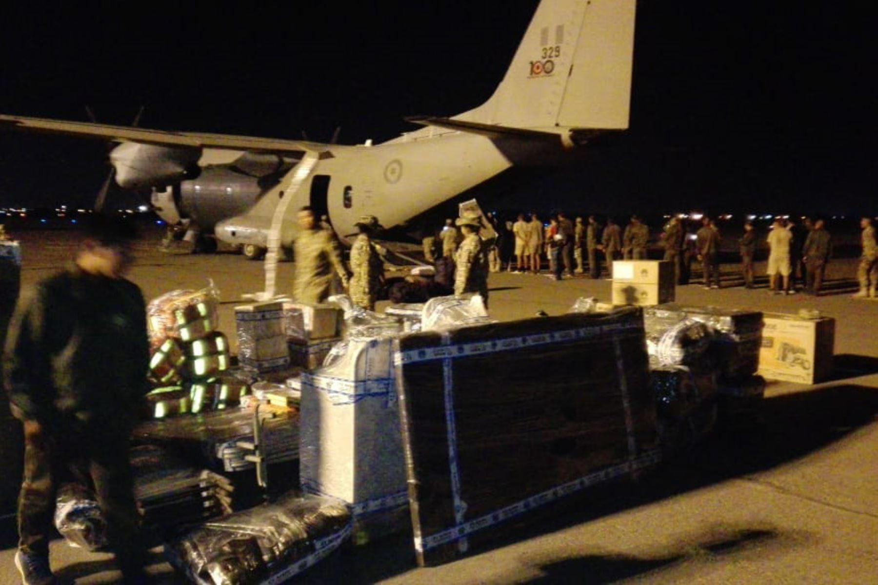 Ante los desastres naturales, la FAP ha efectuado 39 horas de vuelo para transportar 226 personas y trasladar 4,650 kilogramos de carga.